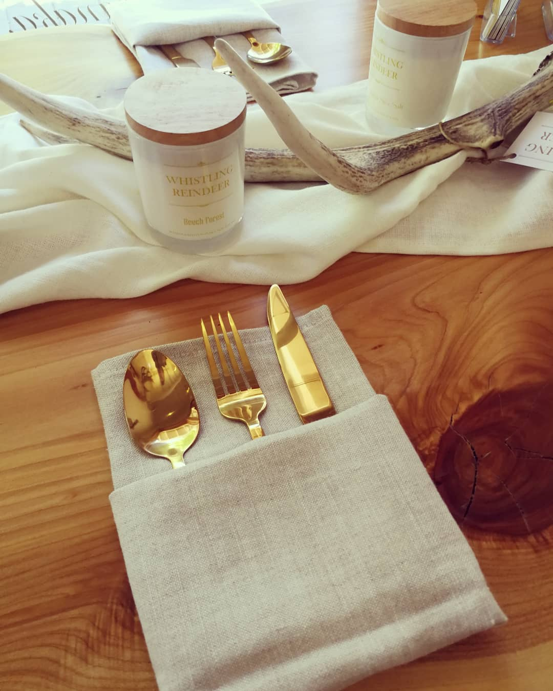 Oatmeal Napkins & Oyster Table Cloth as Runner