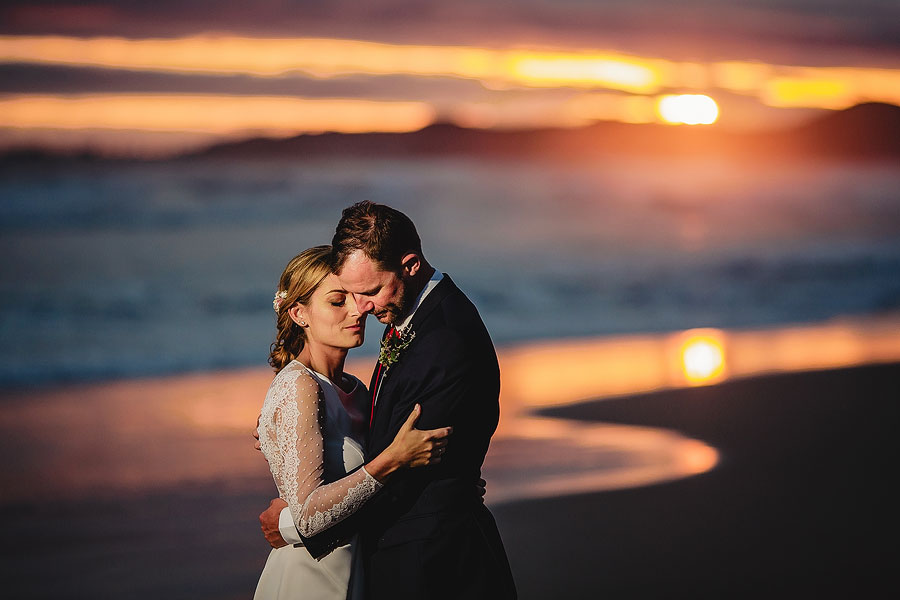 Jared & Marta - We knew from the start that we couldn't compromise on the wedding pictures and Ruan was definitely the right choice. He was very professional and the pictures are just stunning! He makes everything look easy.