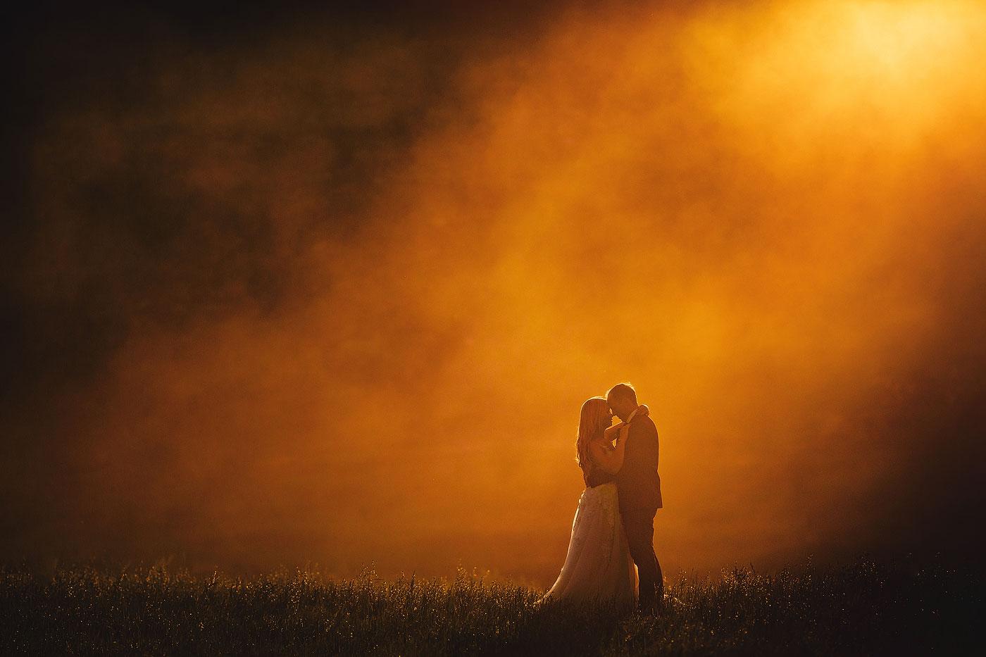 Golden Hour Wedding Poto