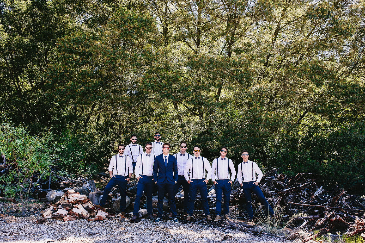 Large Groomsmen Group Pose