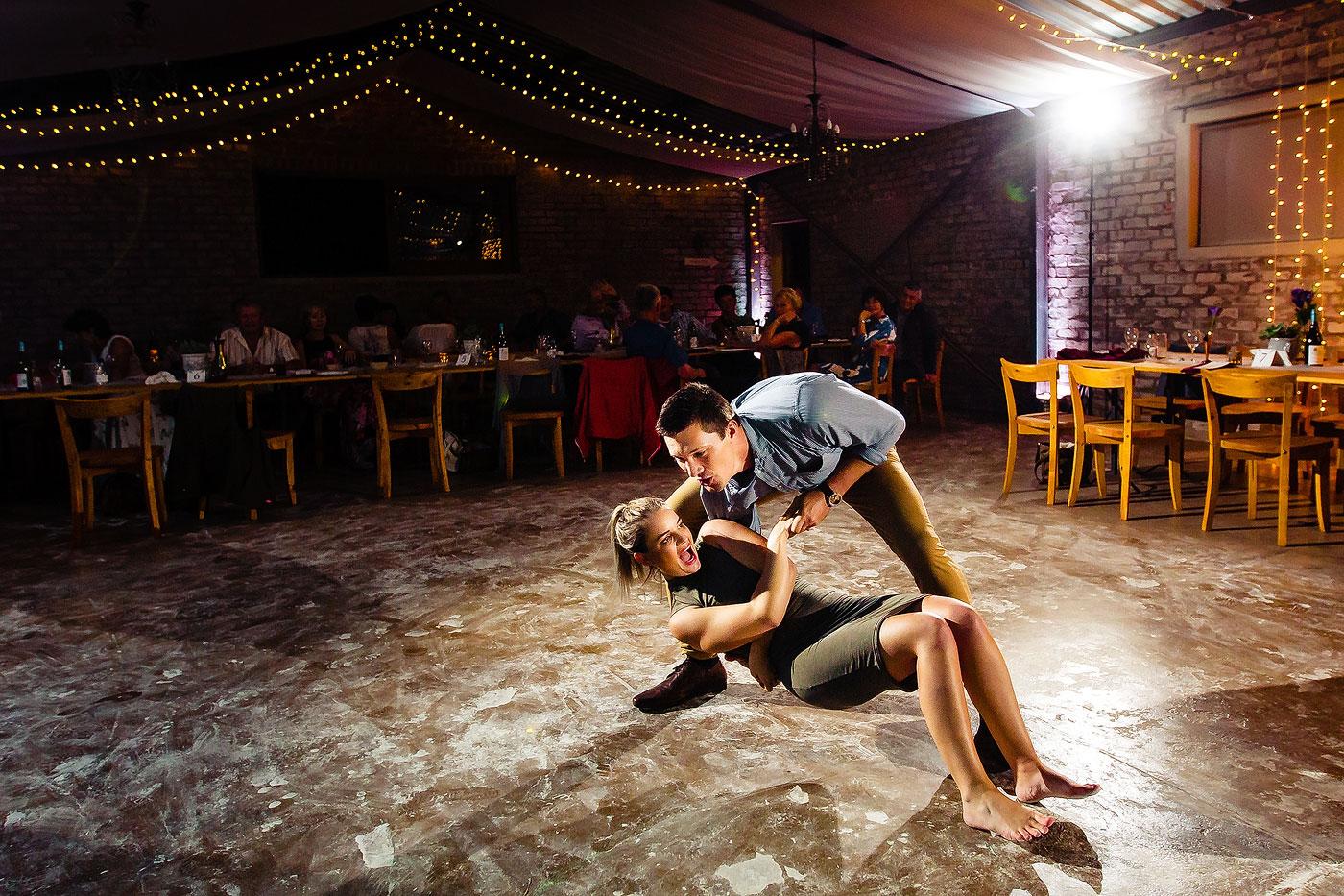 Traditional Langarm Sokkie dancing at Afrikaans Wedding