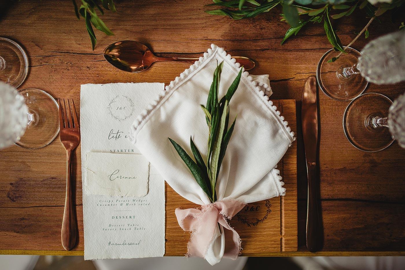 Rustic wedding decor, napkin and wedding menu