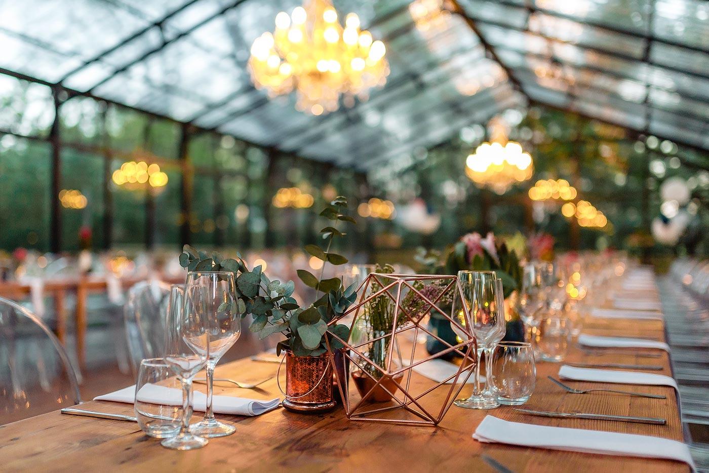 Delicate wedding decor details