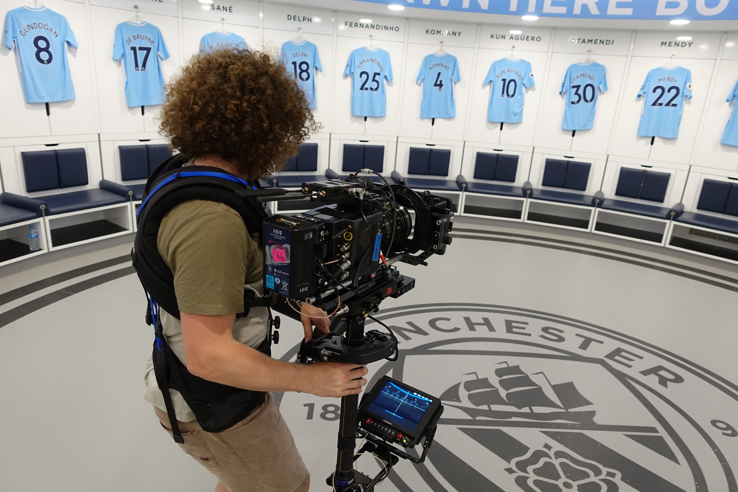 STEADICAM - Professionally trained Steadicam Owner/ Operator with experience in Drama, Commercials, Music Videos and TV