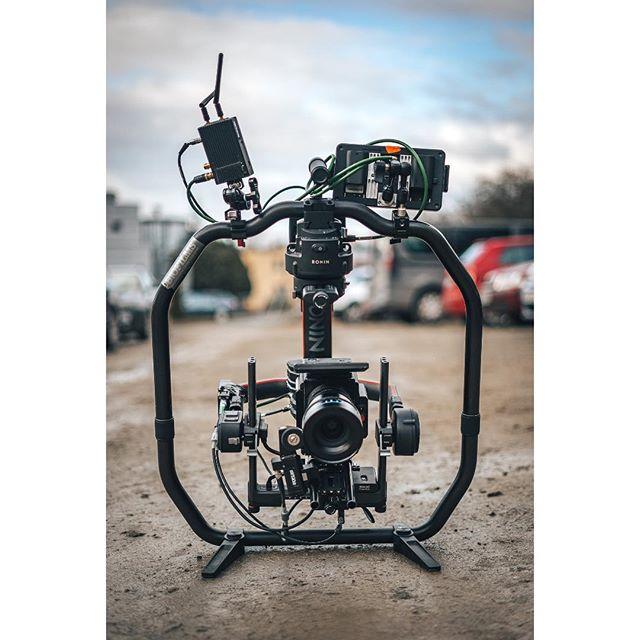 Beast 📽🤜 #ronin2 #mgfilm #ronin #dji #reddigitalcinema #redraven #teradek #schneiderkreuznach #smallhd #shooting #illgrammers #instagram #video #filmming #project #videoproduction #production #zivotnaplaci