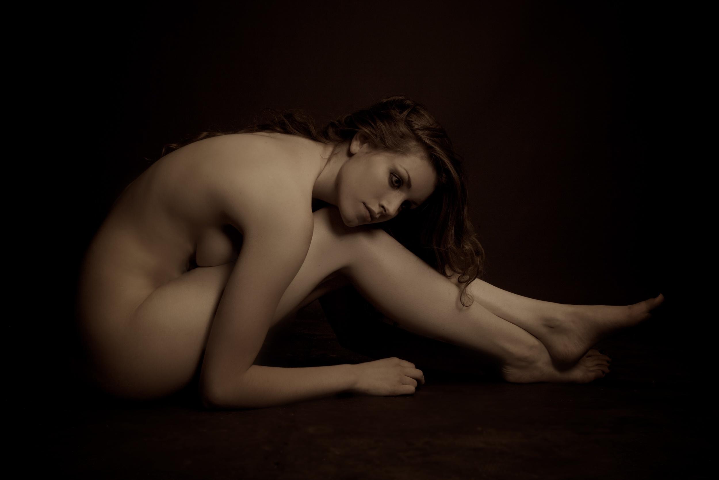 Wayne Hudson Photography, Lucria Creative, Cornwall and Devon photographer,  Launceston, photography / personal portrait / boudoir / art nude / studio / location / portrait / photo / Imagery by Hudson