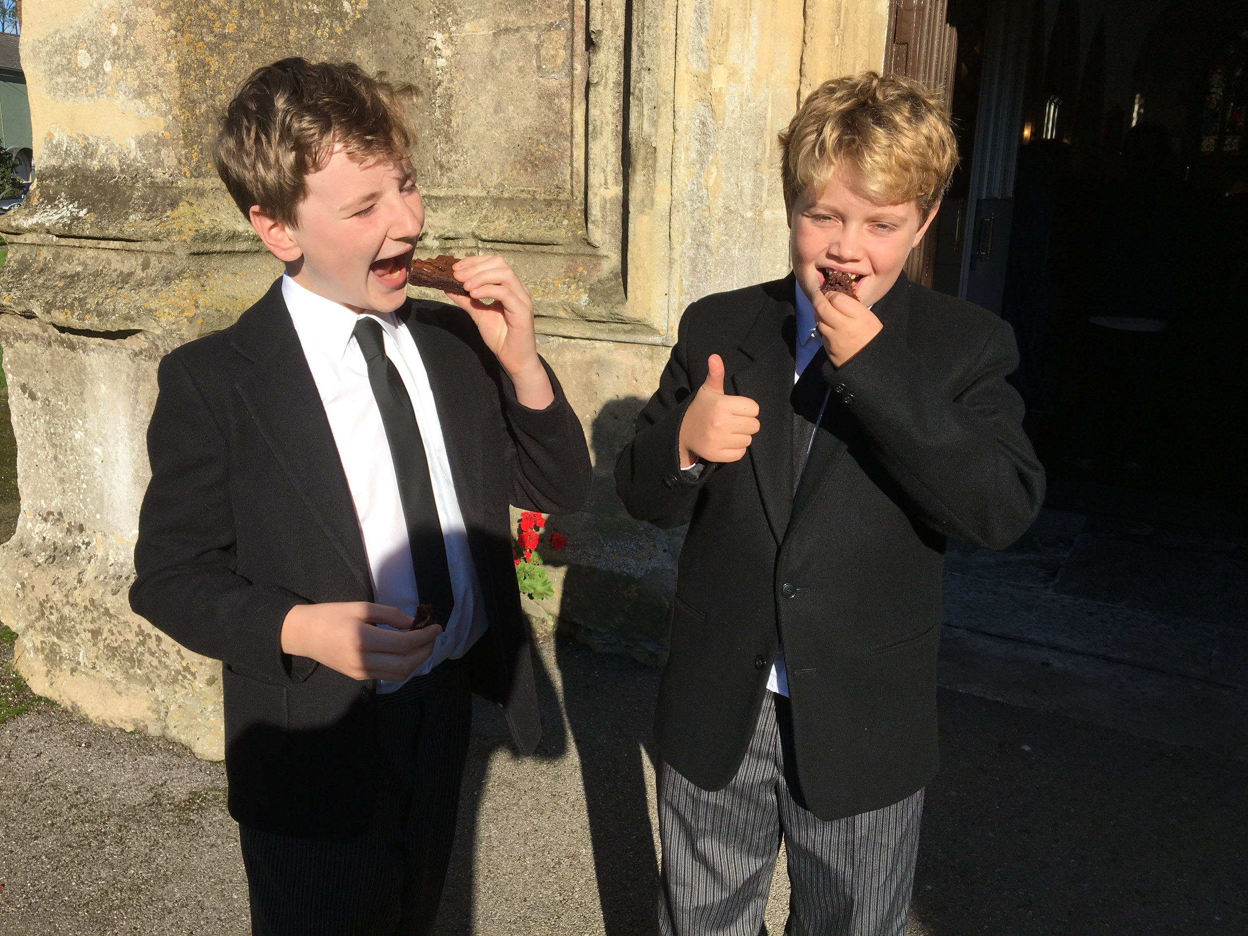 Wells Cathedral Choristers and Cake!.jpg