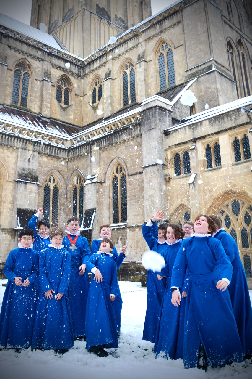 Choristers in the Snow 180318 - 6.jpg