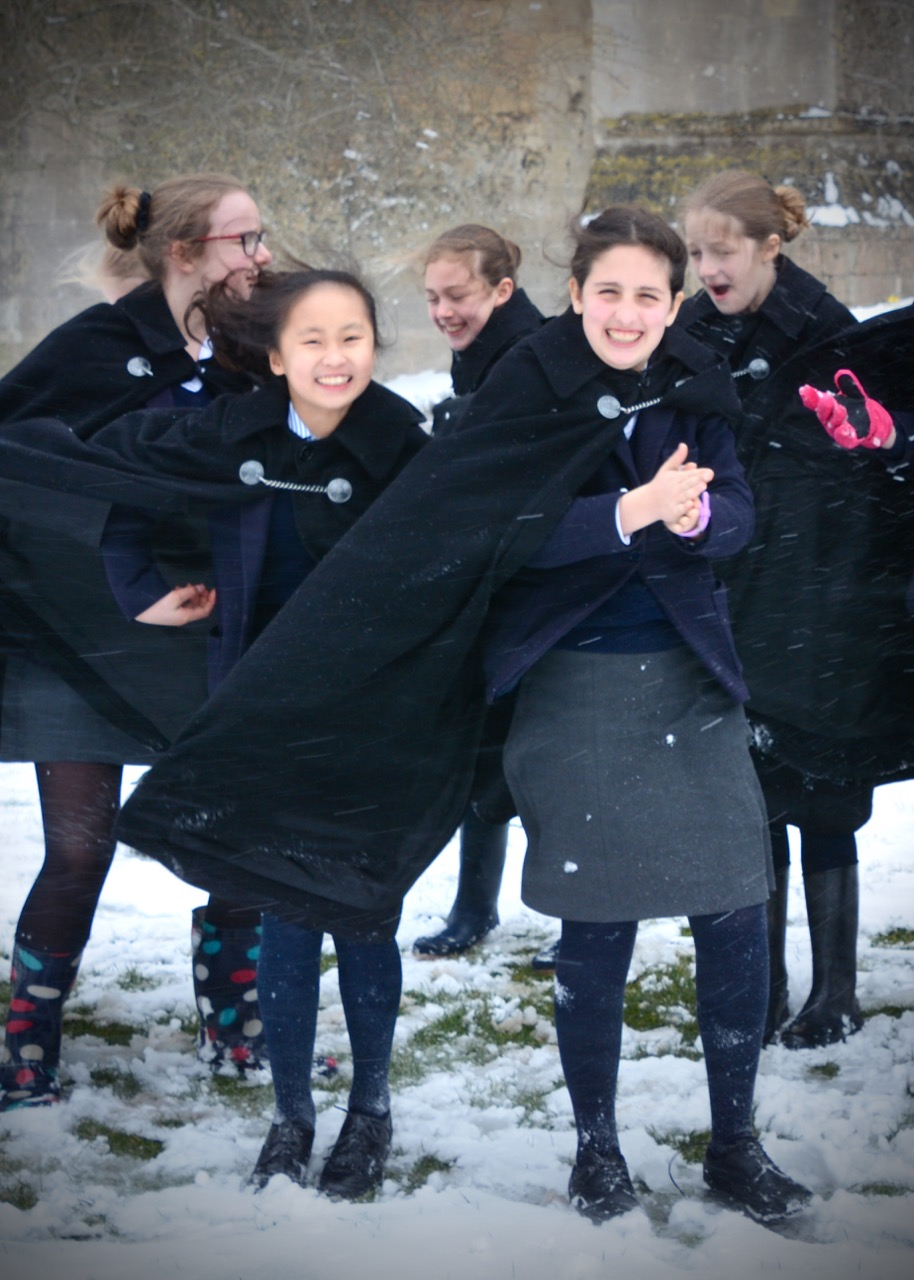 Choristers in the Snow 180318 - 17.jpg