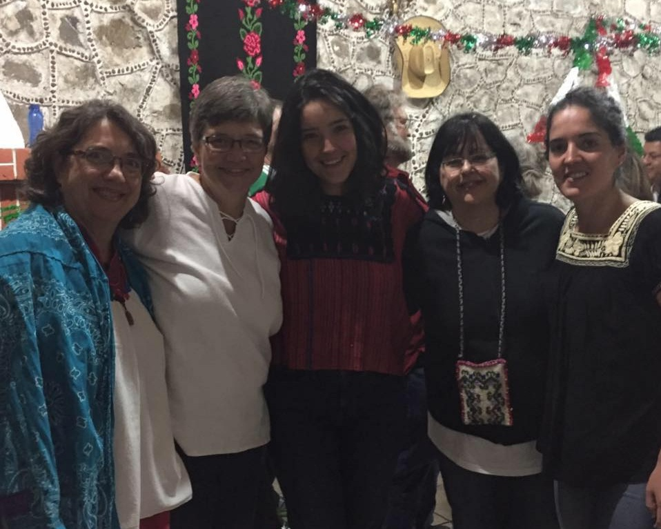 ....Ximena (far right) pictured at the 2017 BPFNA-Bautistas por la Paz Summer Conference with her mother, sister, and a couple friends. ..Ximena (a la derecha) en la Conferencia de verano de BPFNA-Bautistas por la Paz 2017 con su madre, su hermana y una pareja de amigos. ....