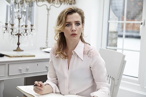Outtake from shoot with the actress Lisa Dwan, photographed for the Financial TImes. Full article can be read  here    Lisa opened the International Beckett Season at the Barbican Centre in June.