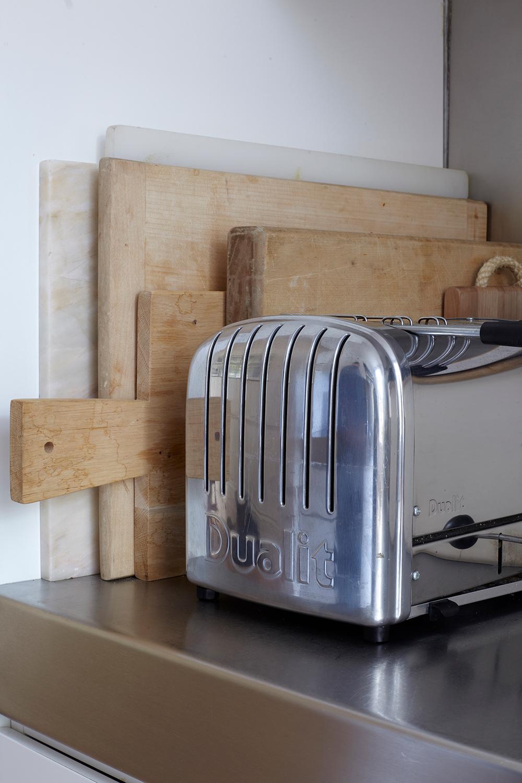 42.AW_DeyanSudjic_kitchen_152.jpg