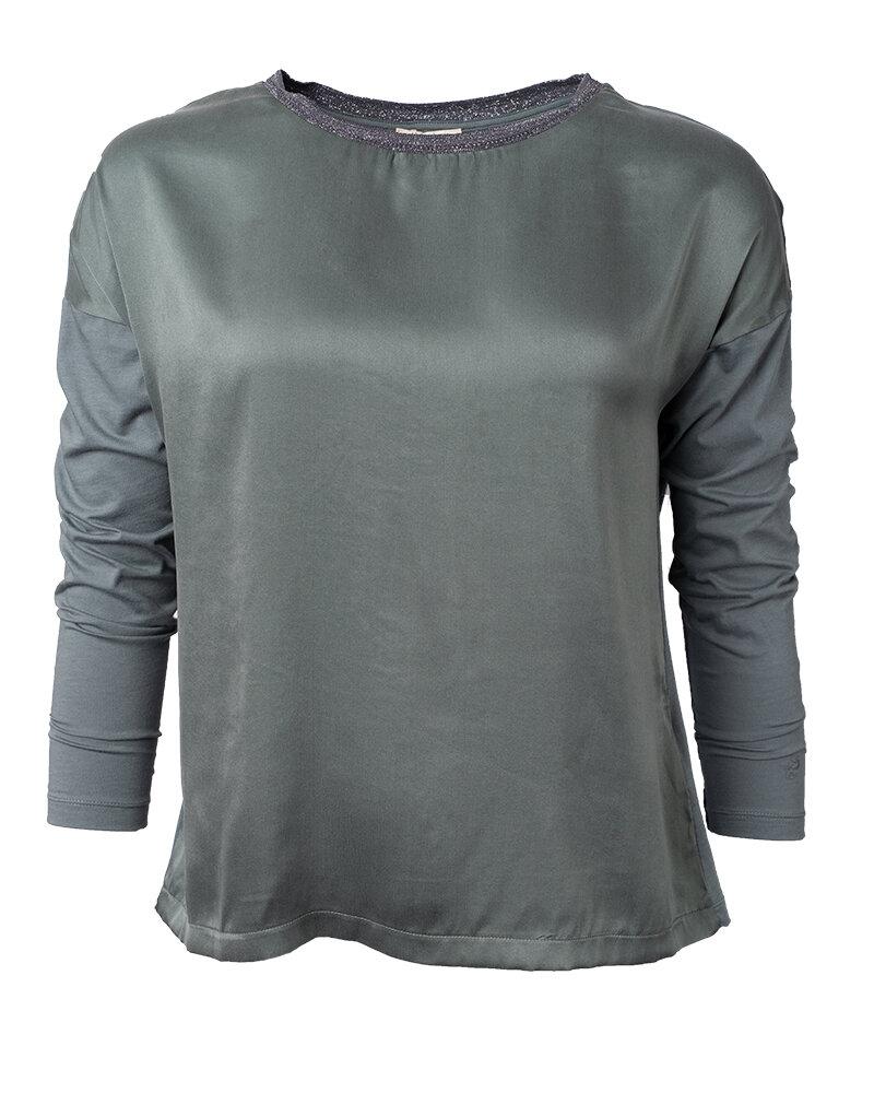 2-5032-380-Silk_Shirt_1.jpg
