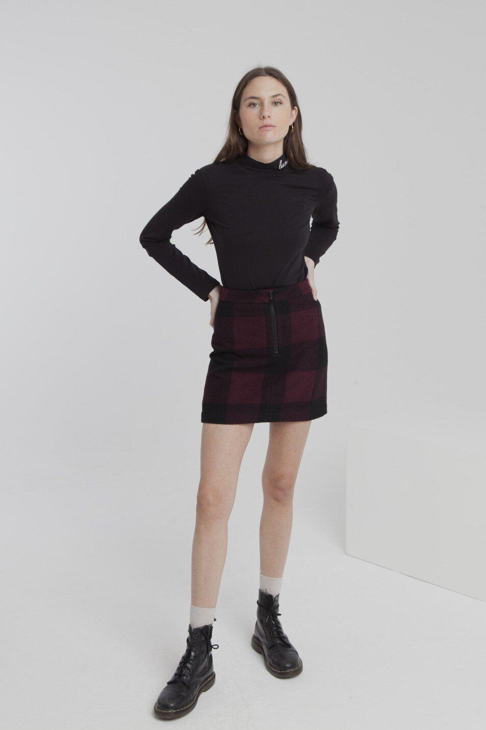 wine-checks-mary-short-skirt.jpg