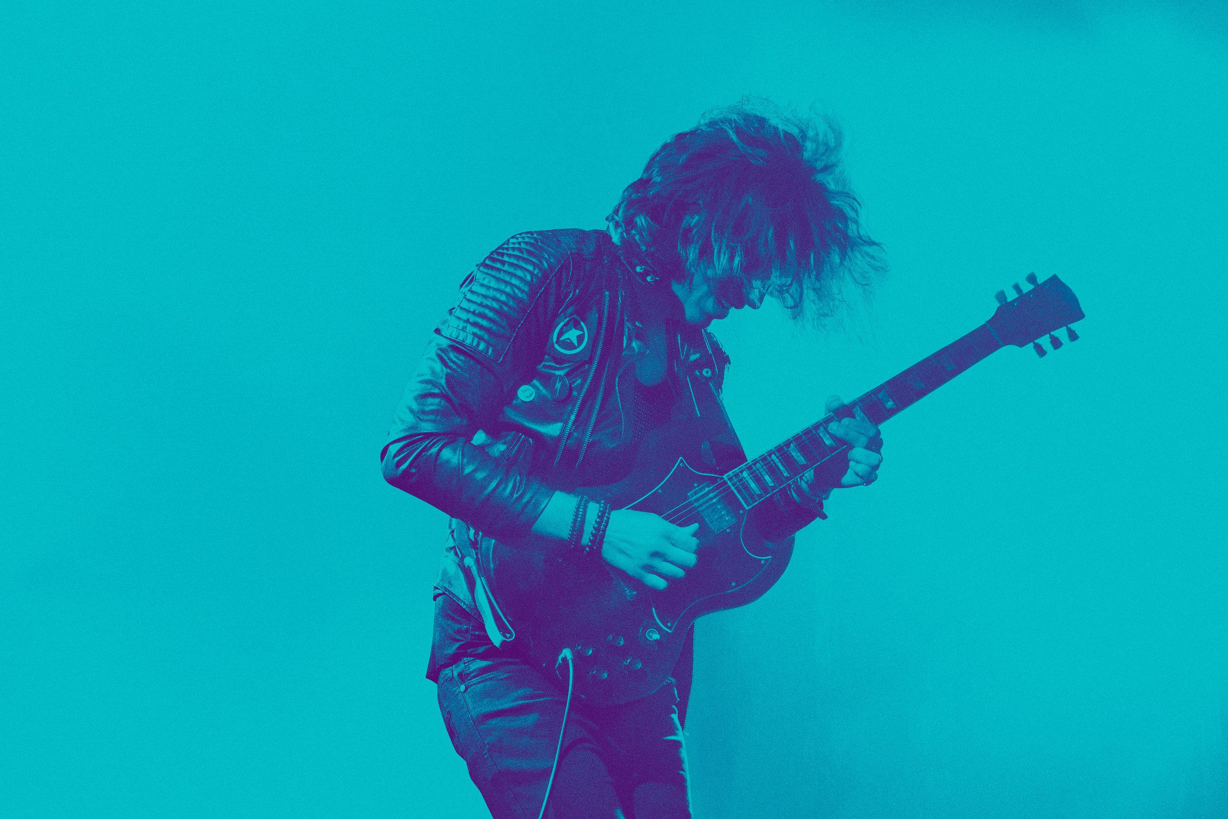 Musicians_Rock_Axia_18412_C2.jpg