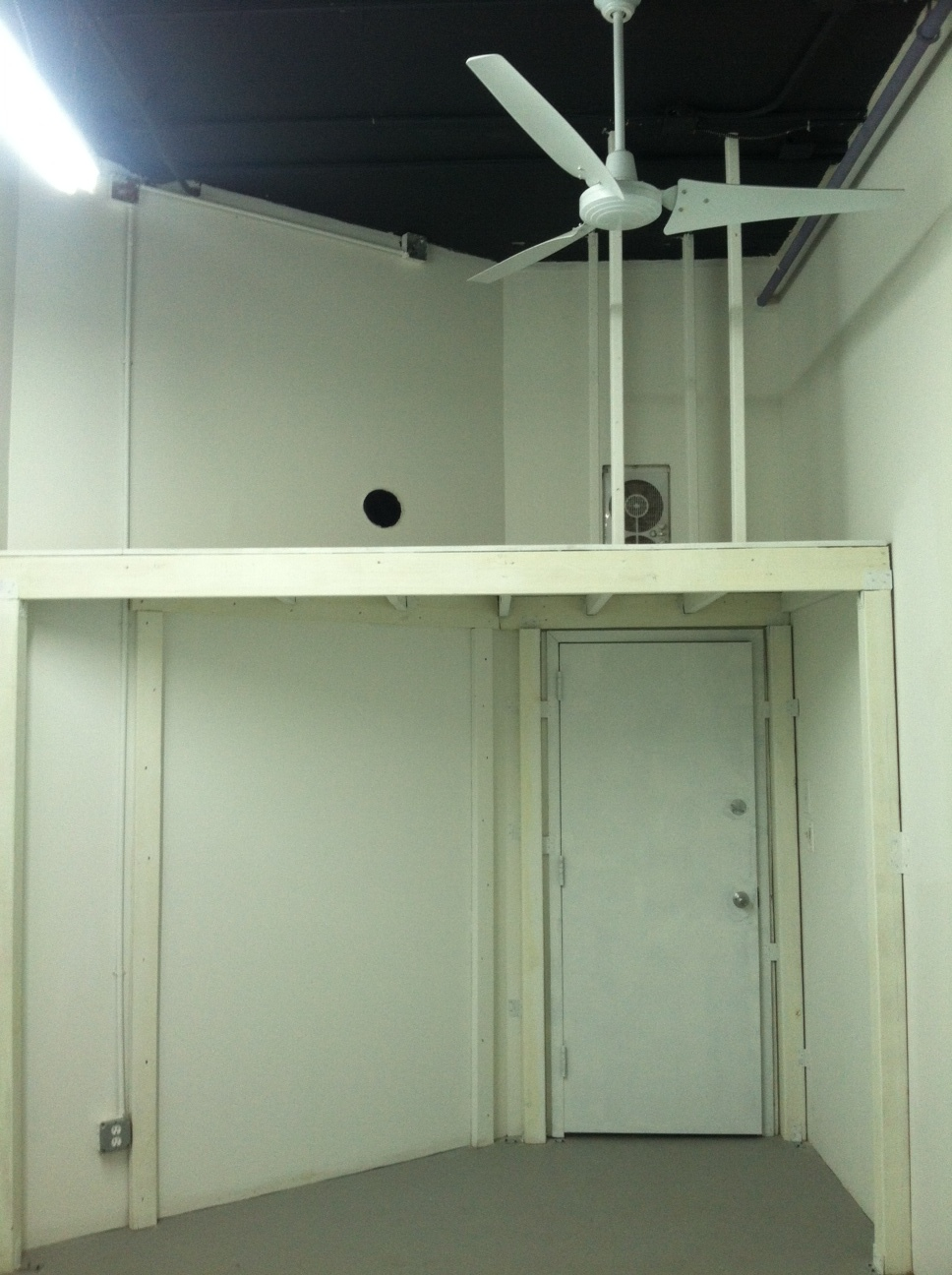 studio 50a-4.JPG