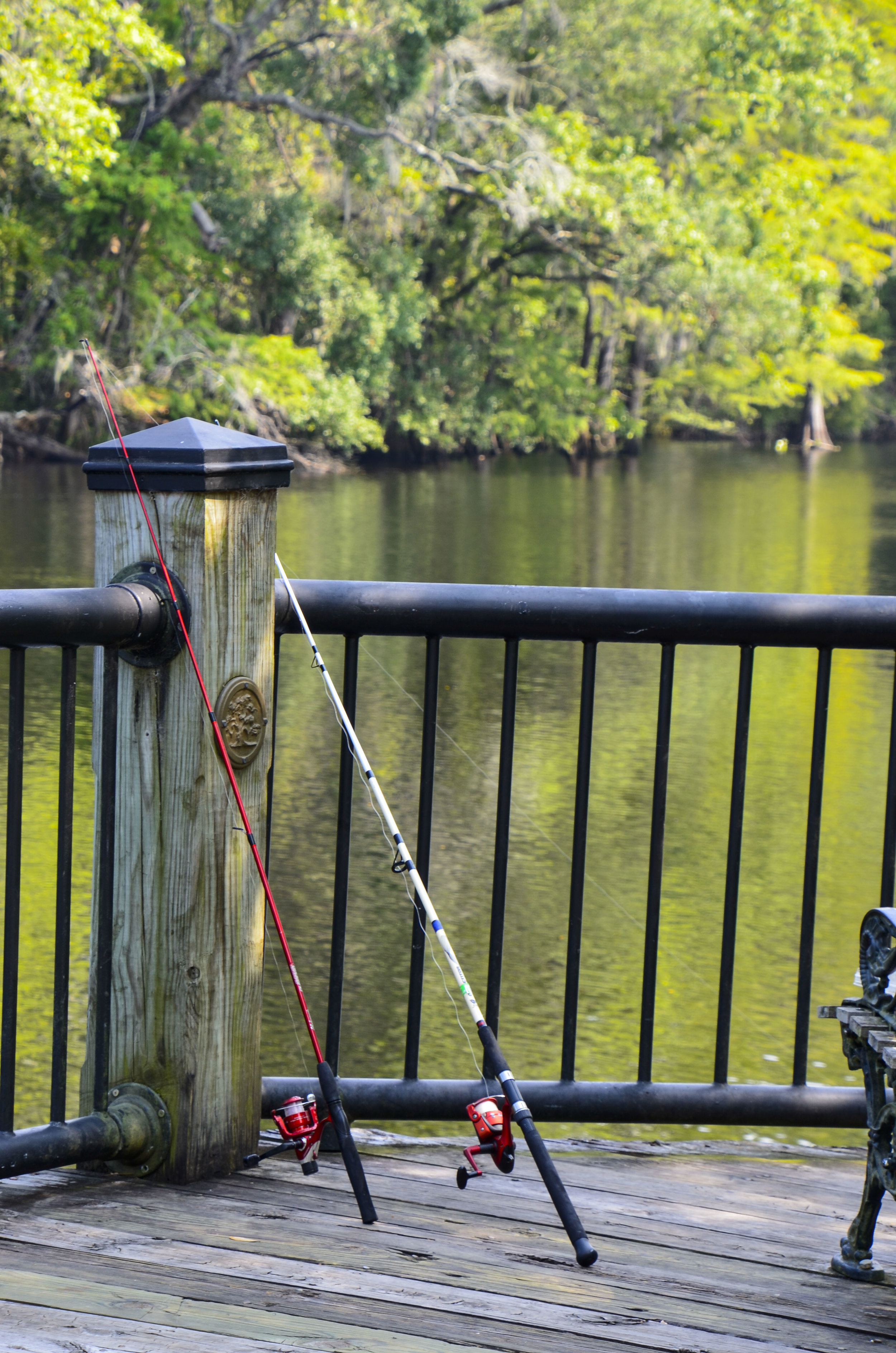 It would be hard to imagine a more picturesque freshwater pier-fishing spot.