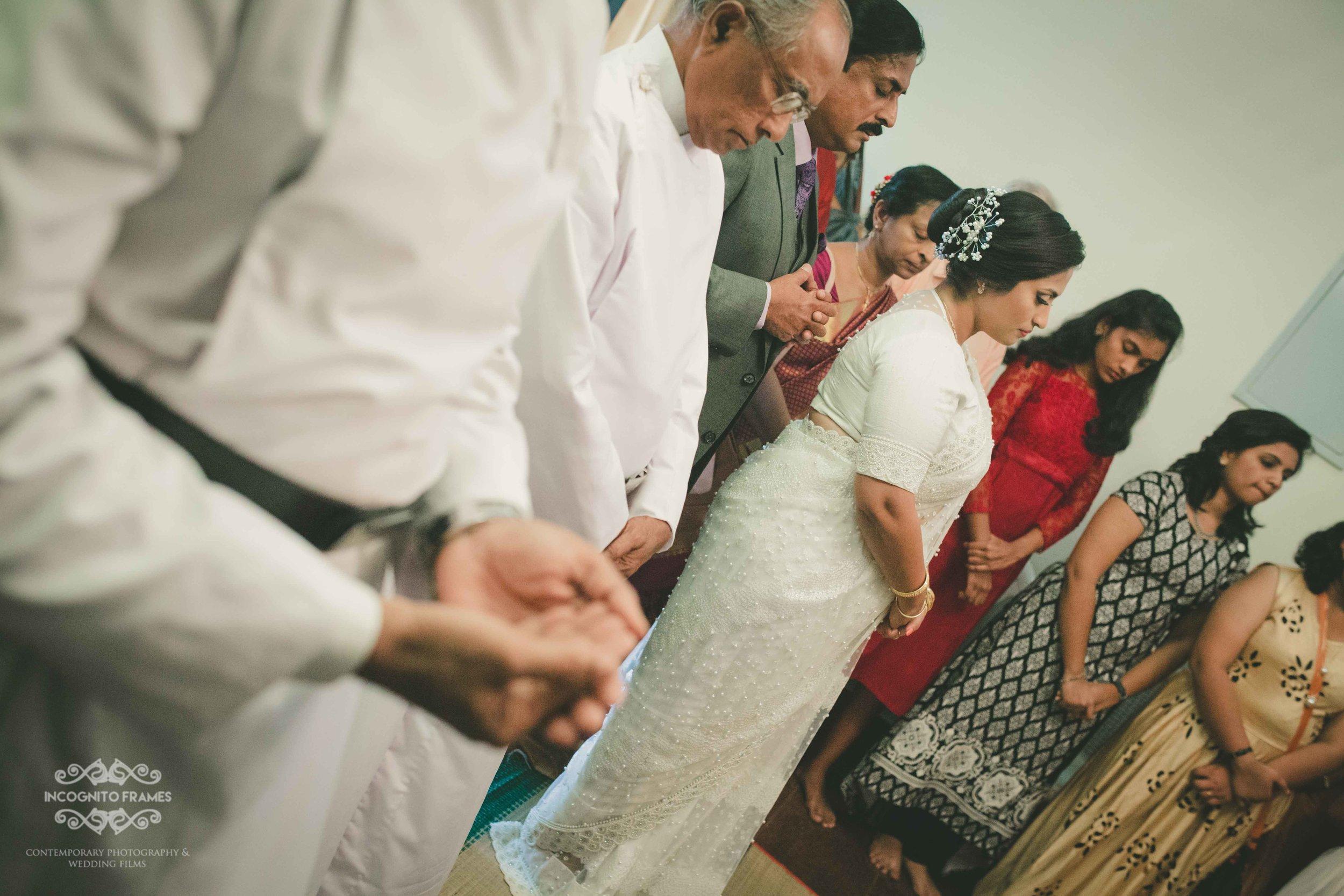bride-prayer-christianwedding.jpg