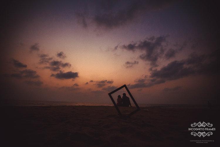A silhouette shot looks more than beautiful when shot through the frame.