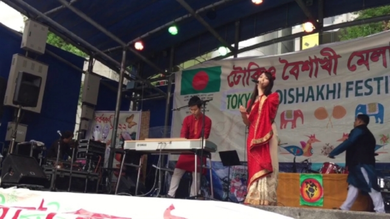 Bangla songs performed by  Bajna Beat  at the Tokyo Boishakhi mela