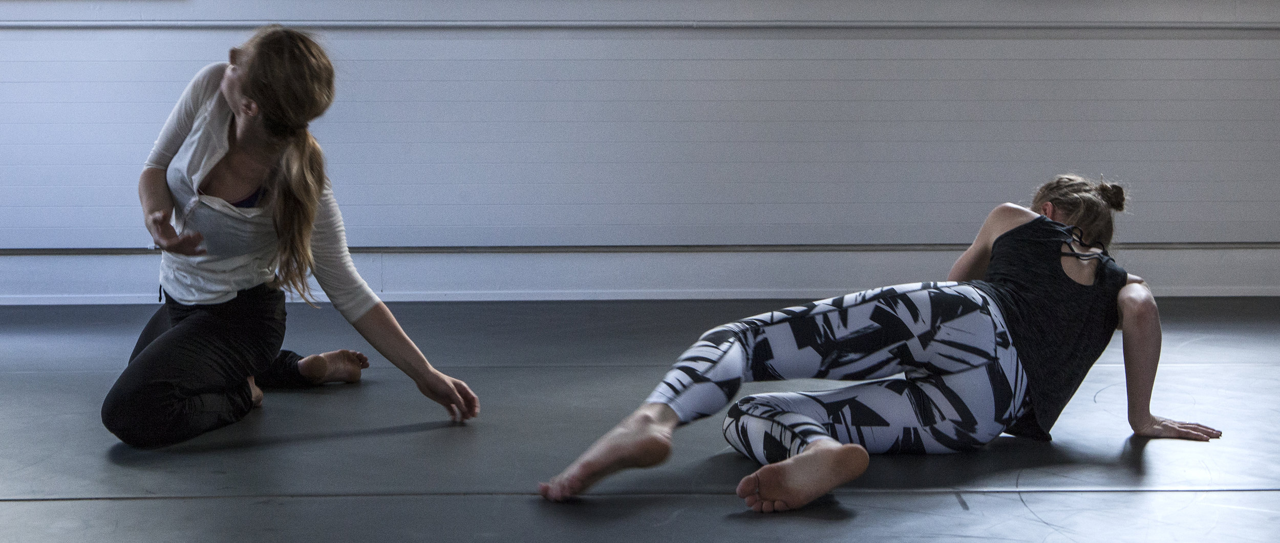 Susurrus, with choreographer Renae Shadler (AU), Dansometré (Vevey), 2017. Photo by Clovis Paul.