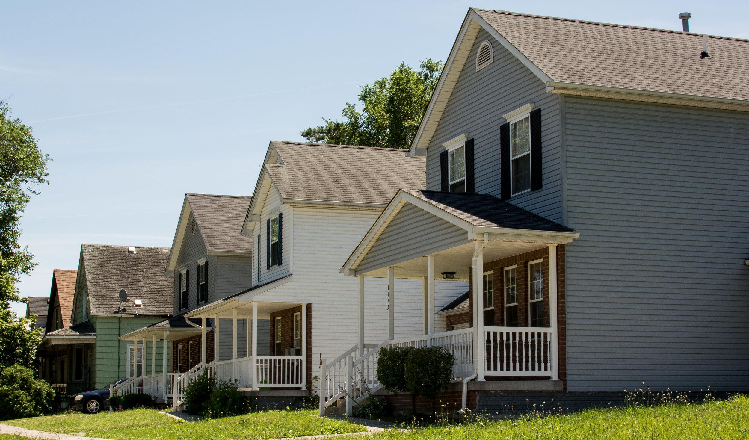 Houses1.jpg