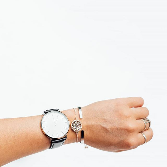 Get 20% OFF with the code EASTER20 at checkout + Free shipping to NZ & AU! 🐣🐇🌟 . . . . . . . . . . #roysroad #designerwatches #nzdesign #stylelover #wristwatch #minimal #shoponline #nz #fashion #styleinspo #wellington #roysroadwatchco