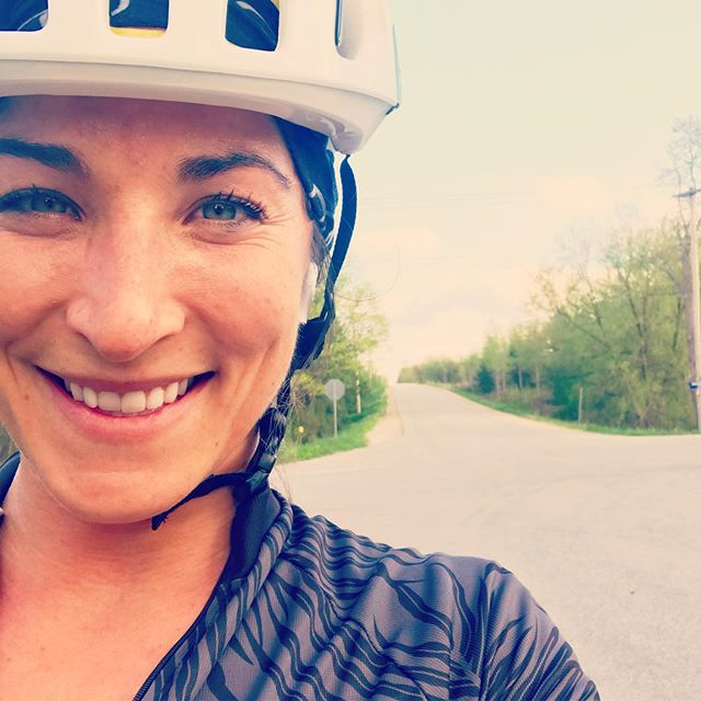 Love me a sport I can do from my doorstep.  If I can find a spark of inspiration to get my shoes on and a sports bra, I'm gone 🚴🏻‍♀️