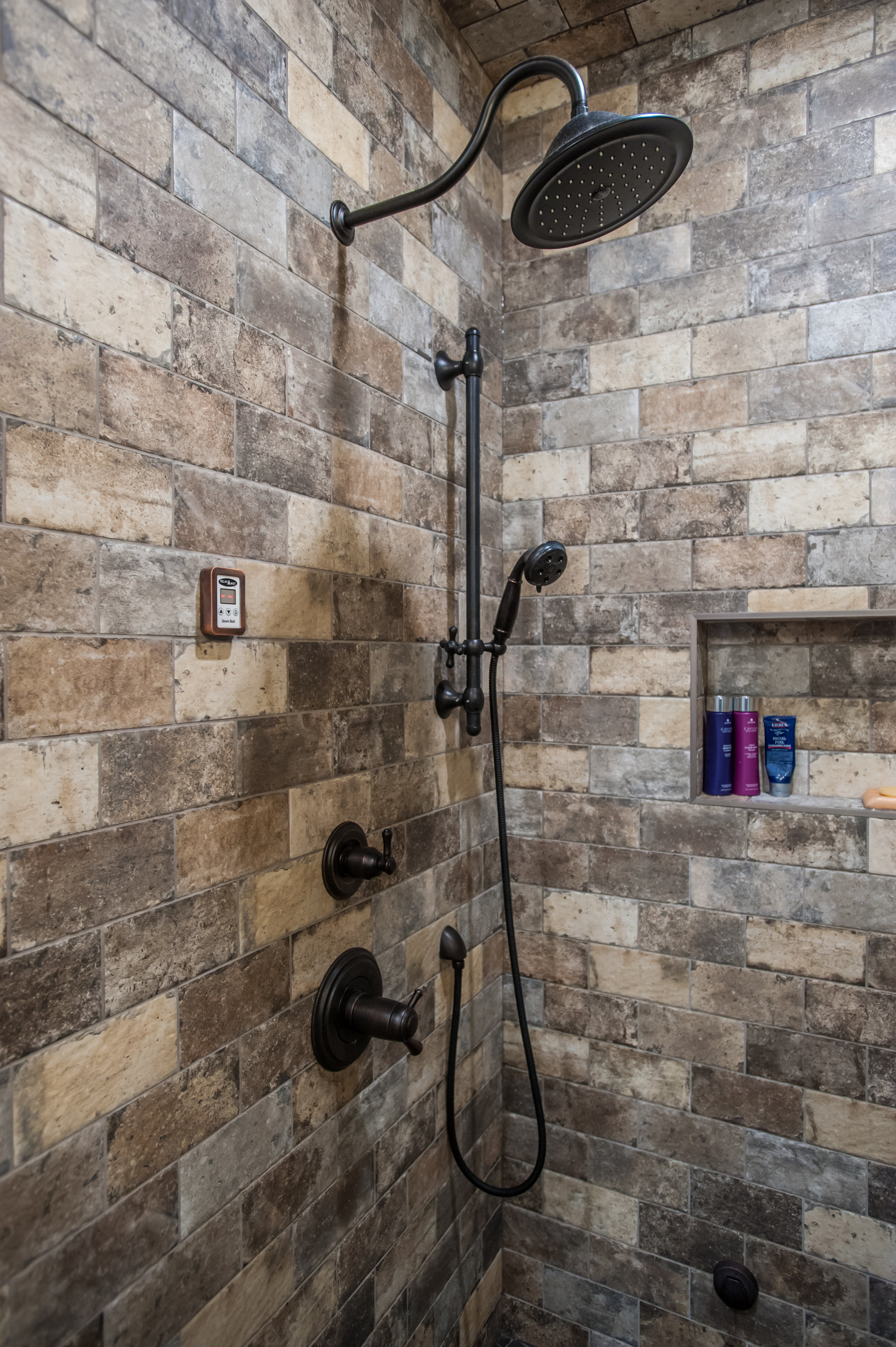 shower_canmore_brick