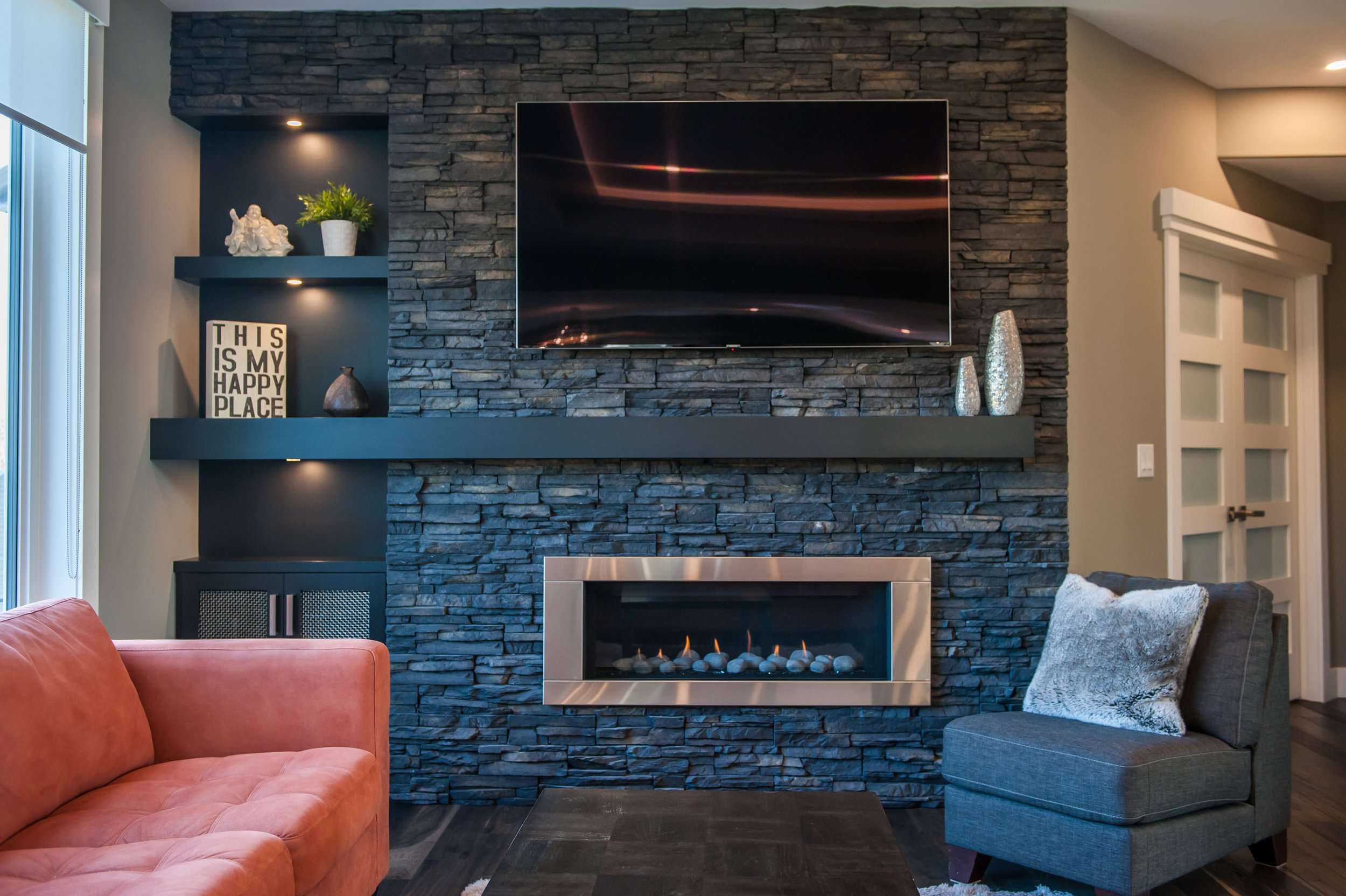 traditional_fireplace_black_stack_stone