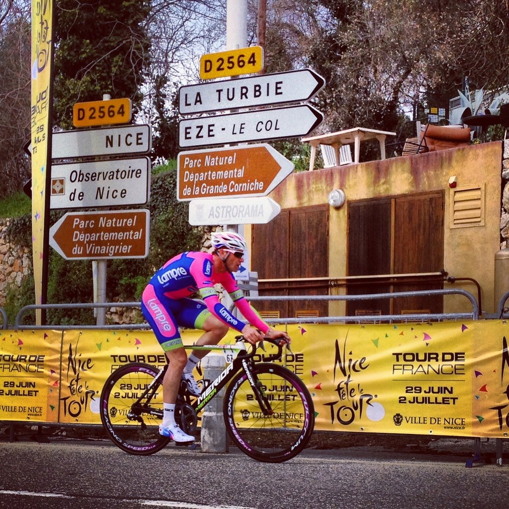 Image of Paris Nice from the author Max Leonard.