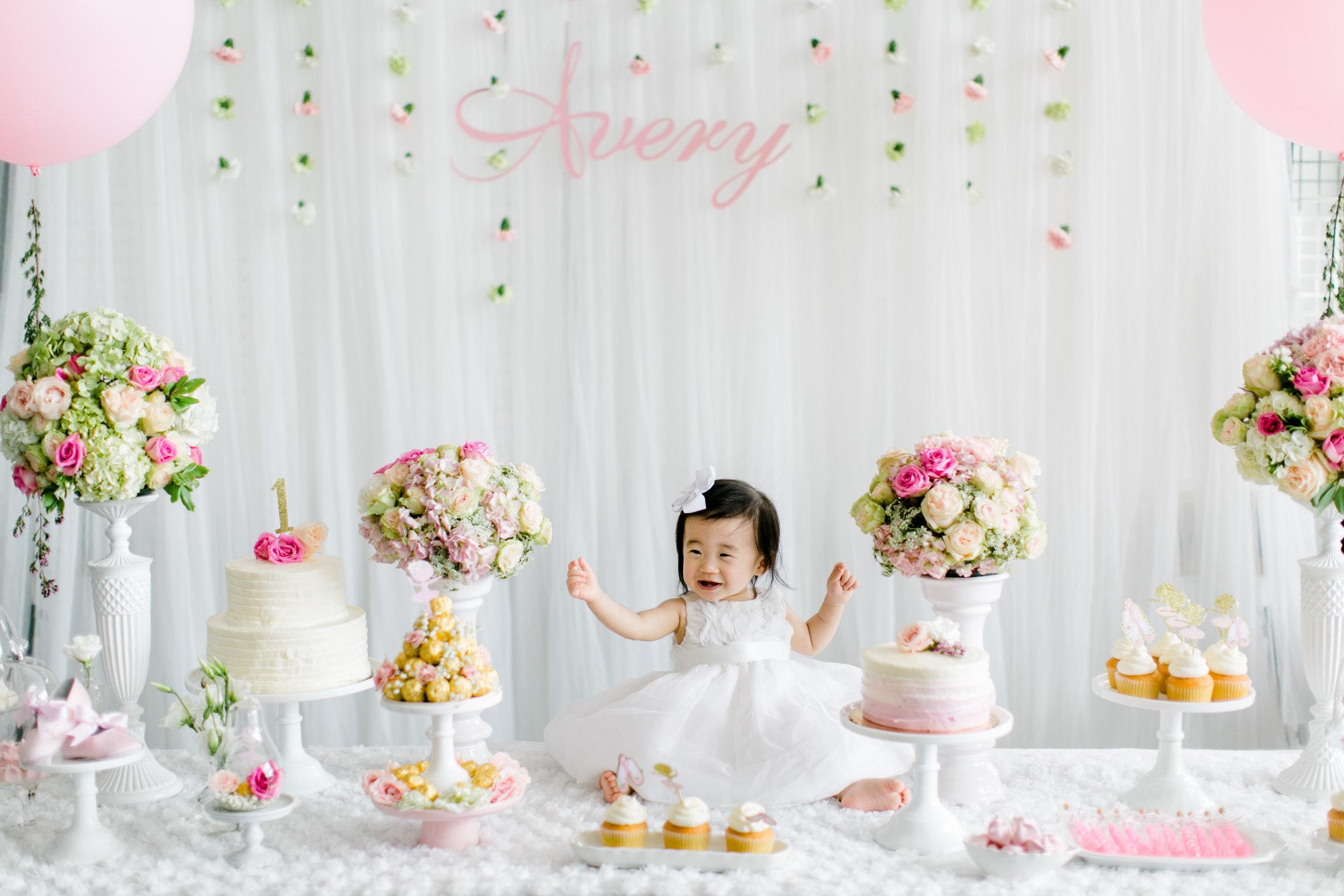 Avery First Birthday-Avery Party-0006.jpg