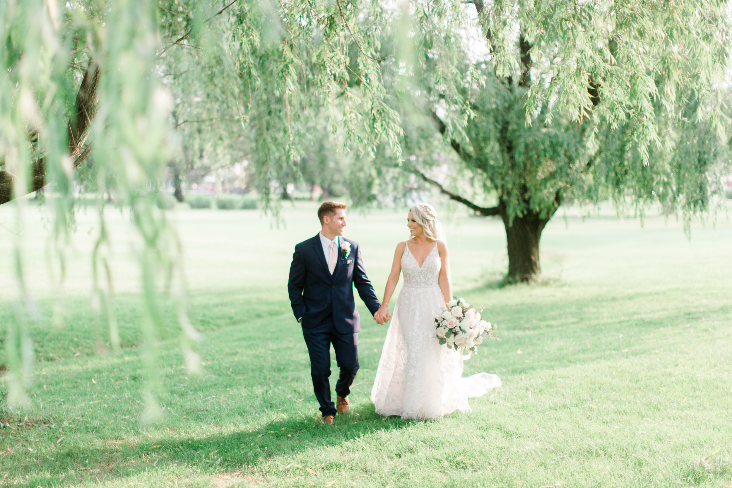 ashleyandadam_preview (6 of 7).jpg