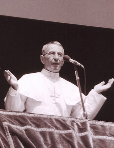Pope_John_Paul_I_from_window_(cropped).jpg