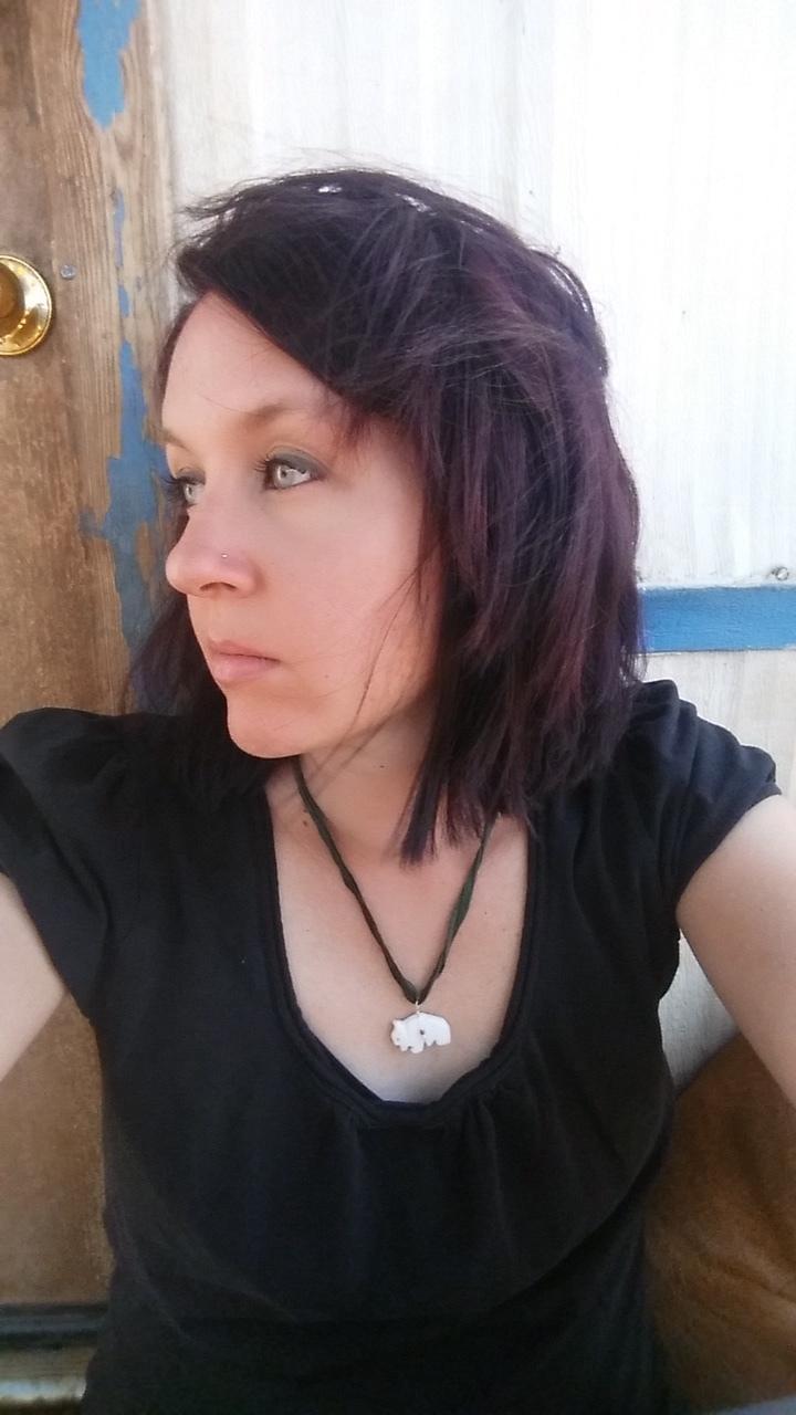 Vicki Hilton, LMT