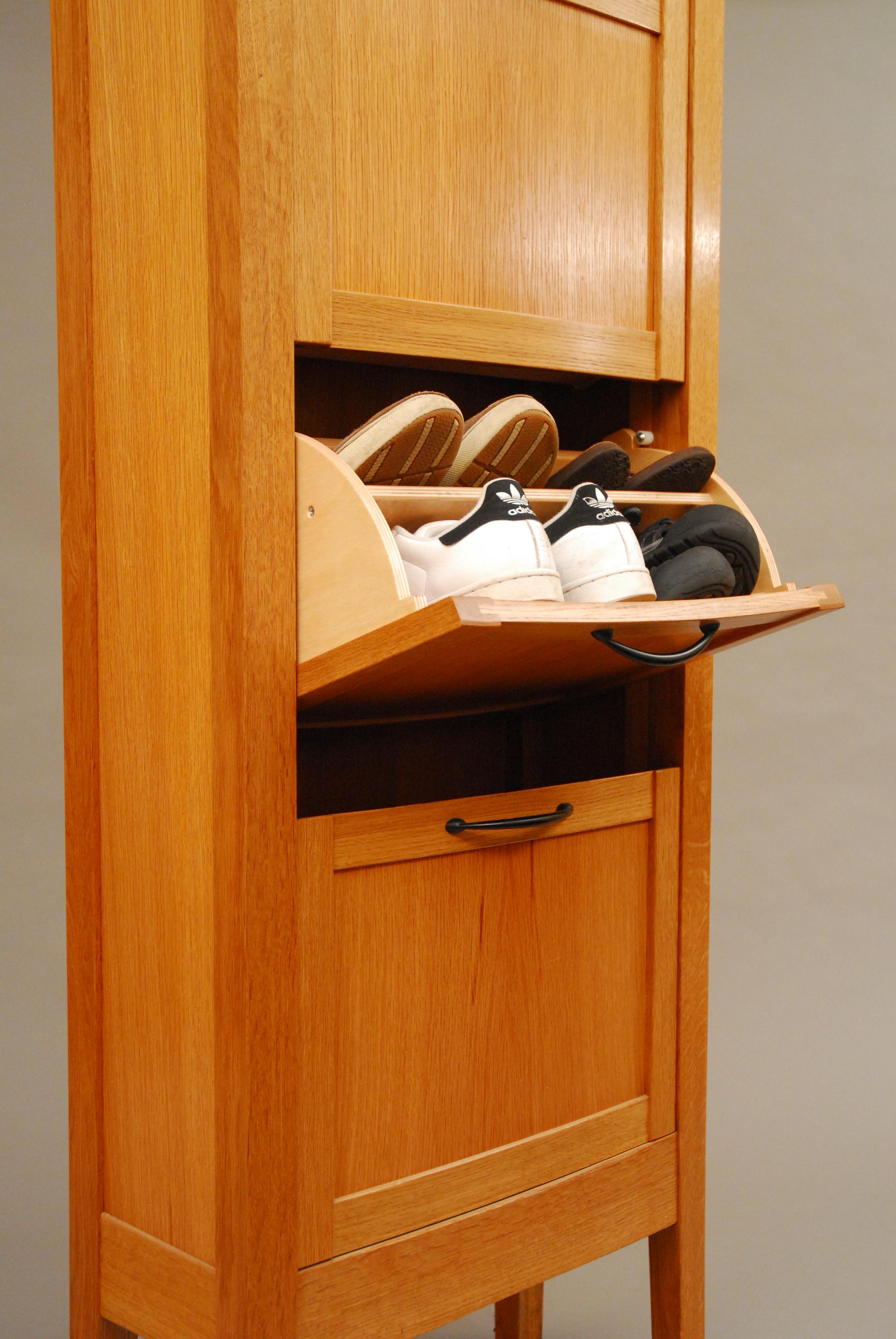 Schuhschrank door detail