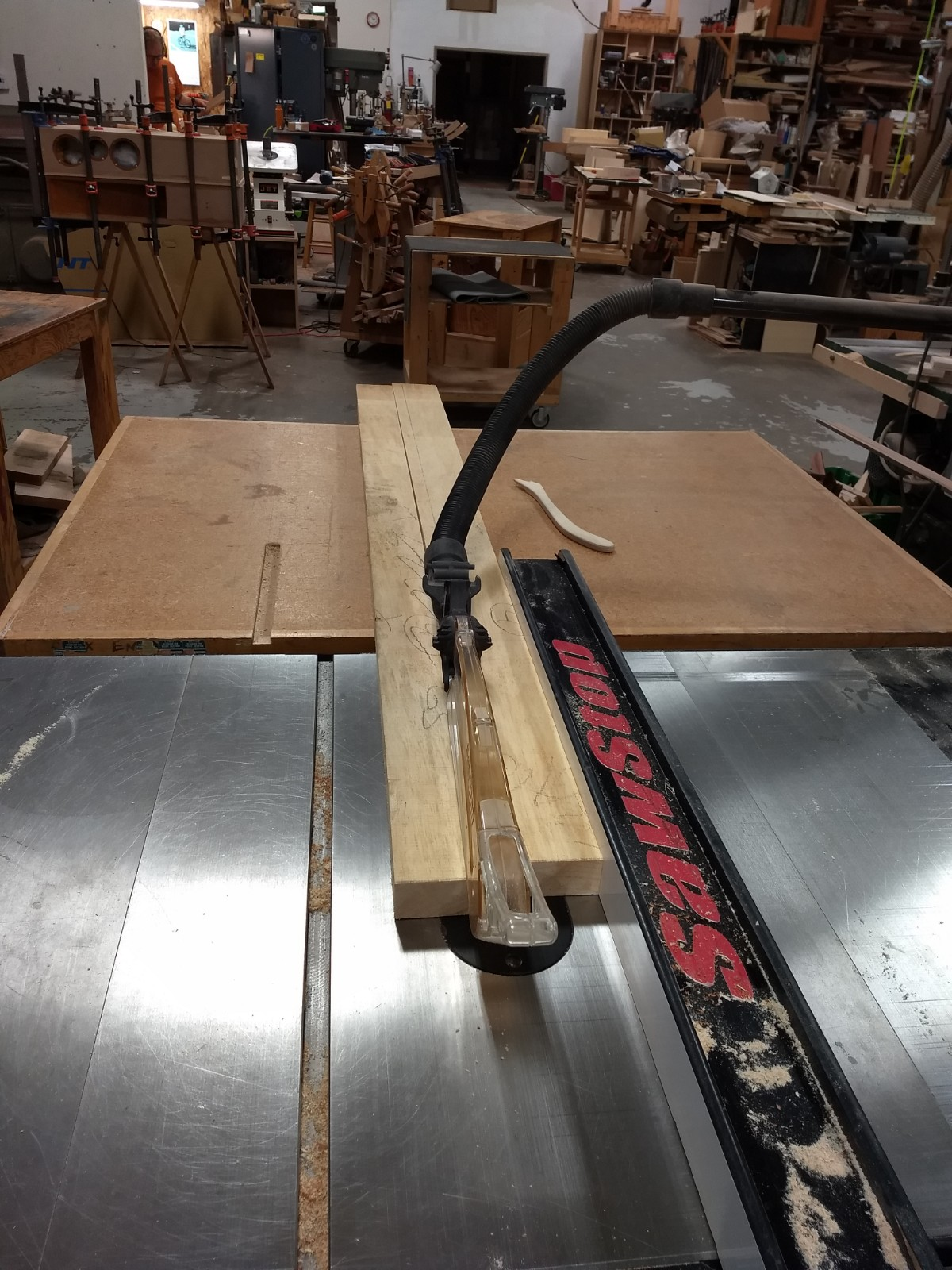Cutting to width