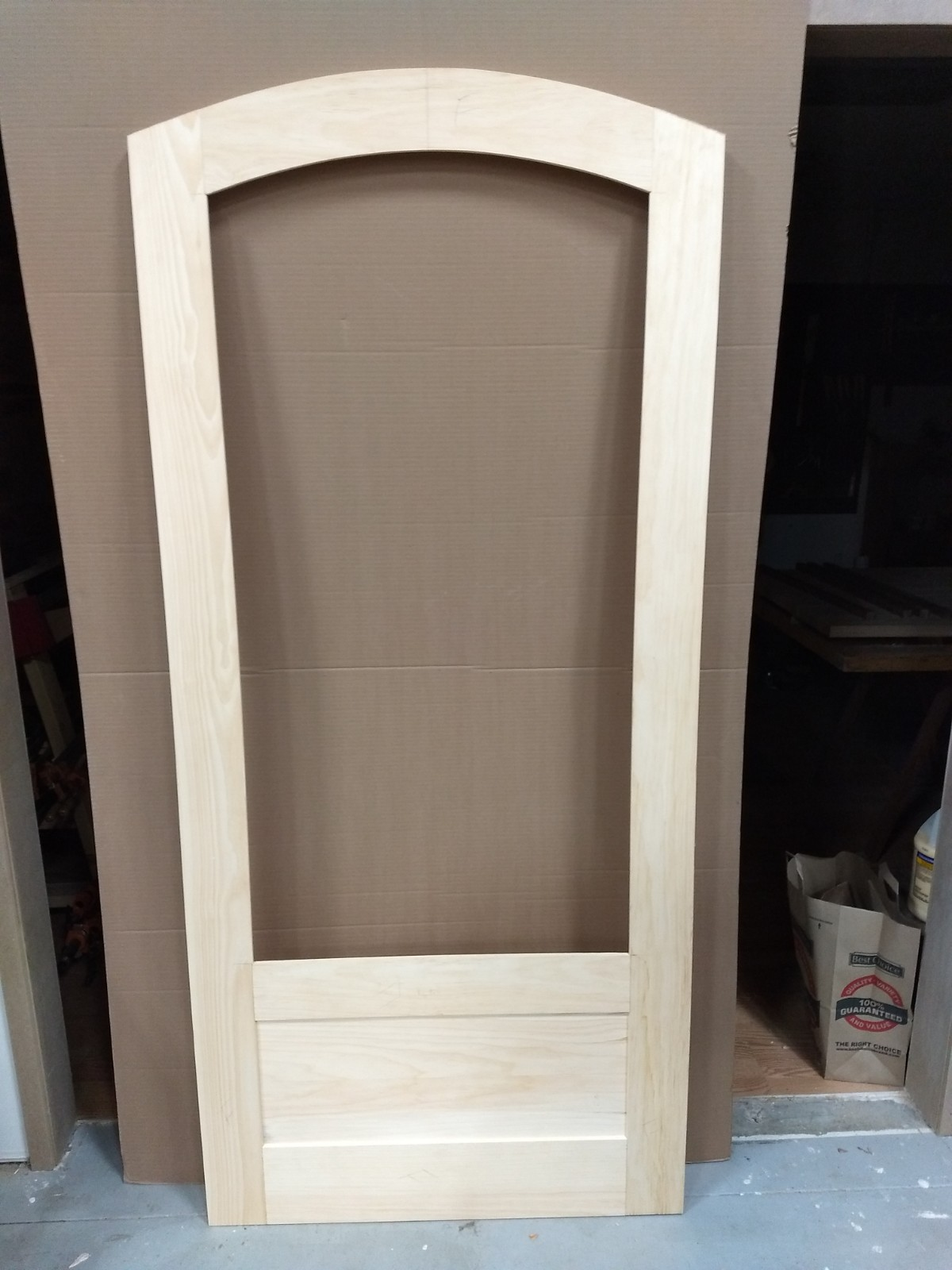 Dry assembled arch top