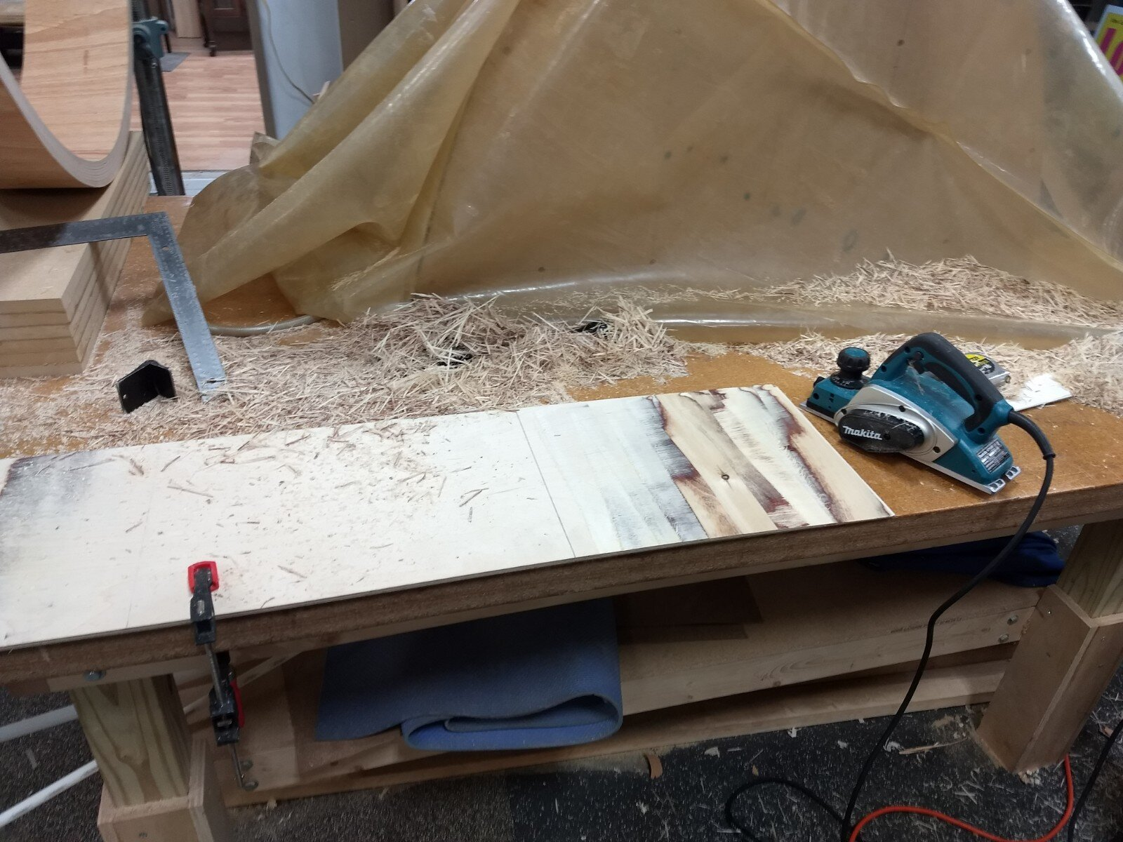 Tapering middle piece of plywood