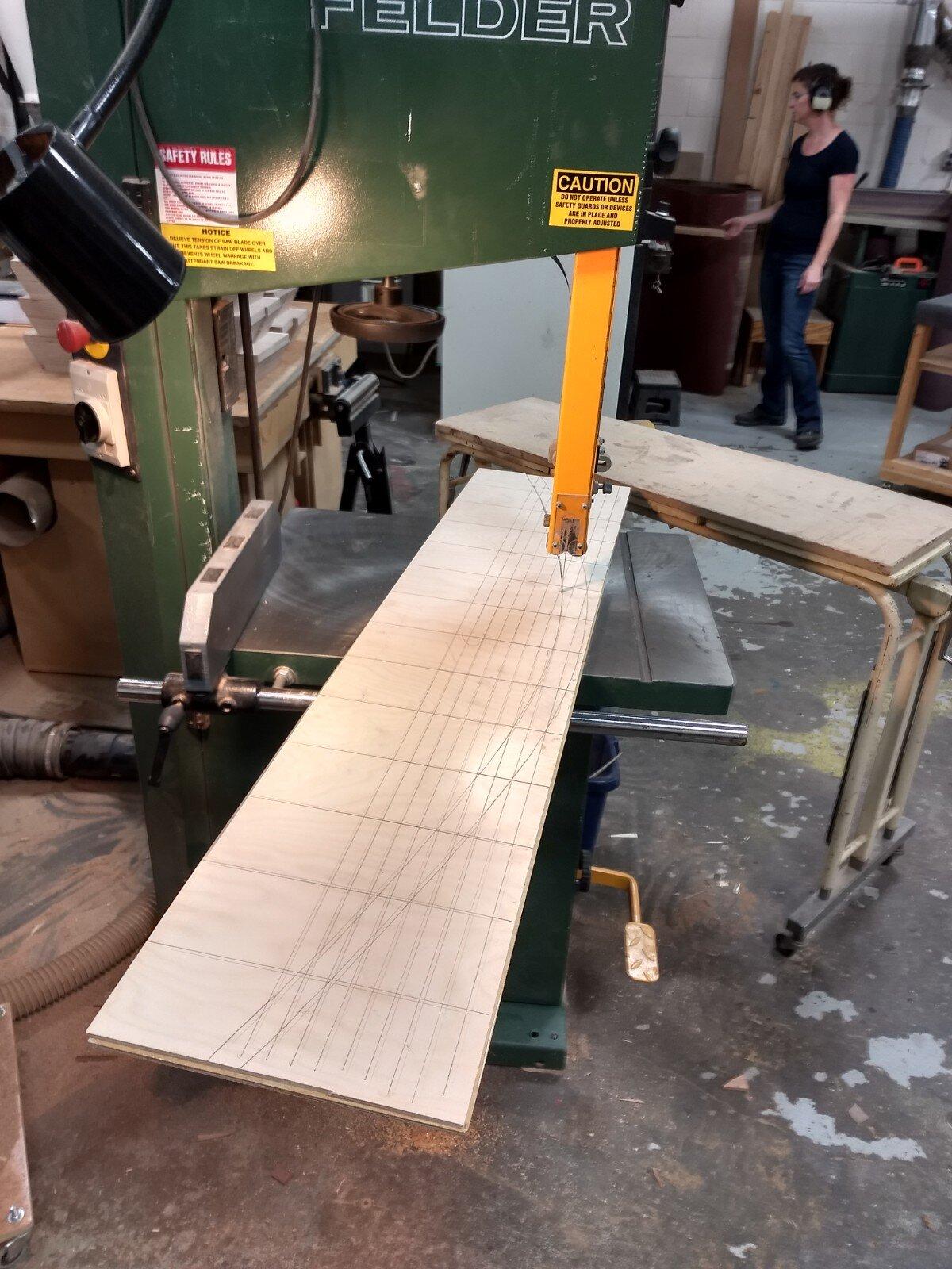 Cutting arch on bandsaw