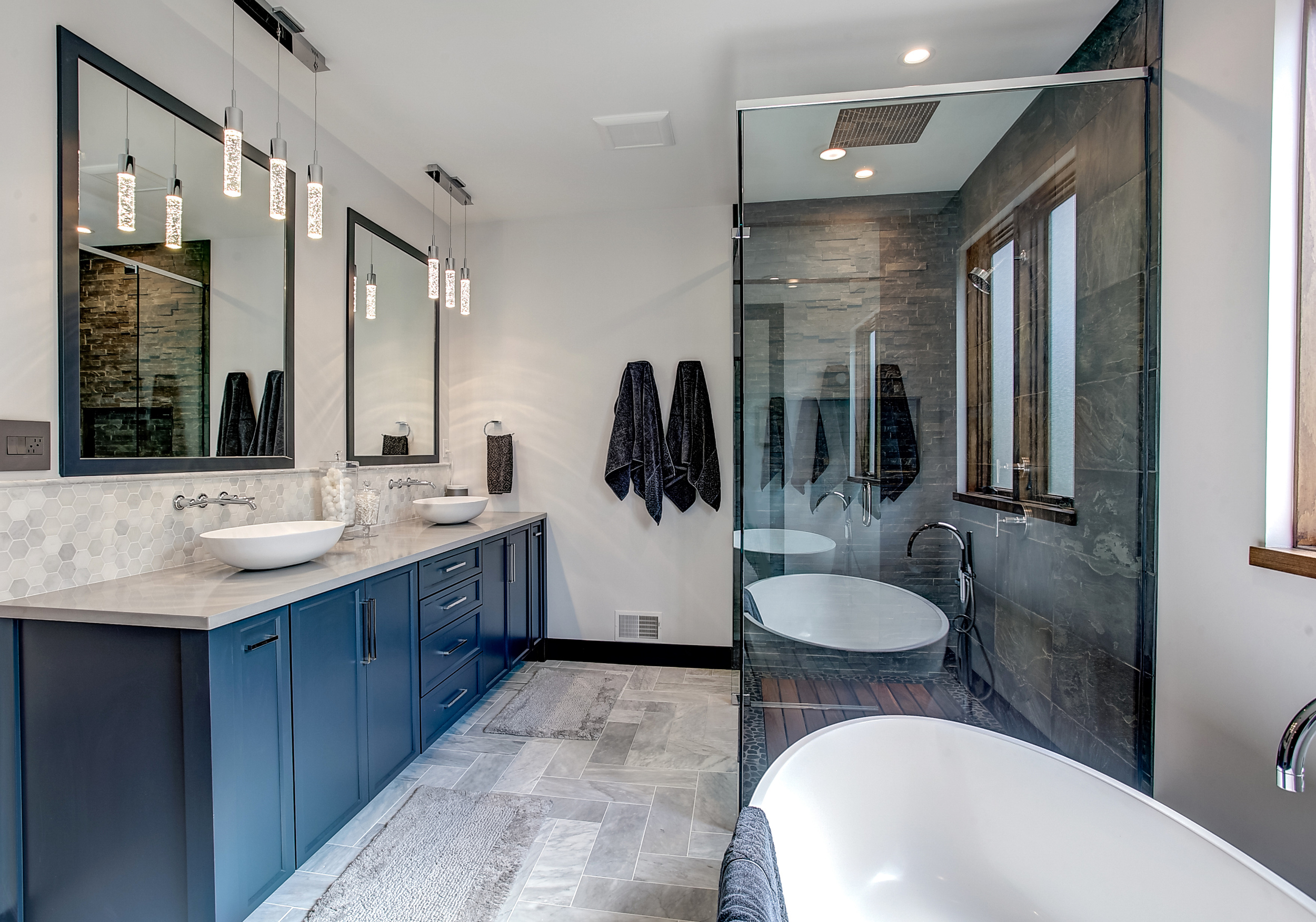 Beautiful Master Bathroom!