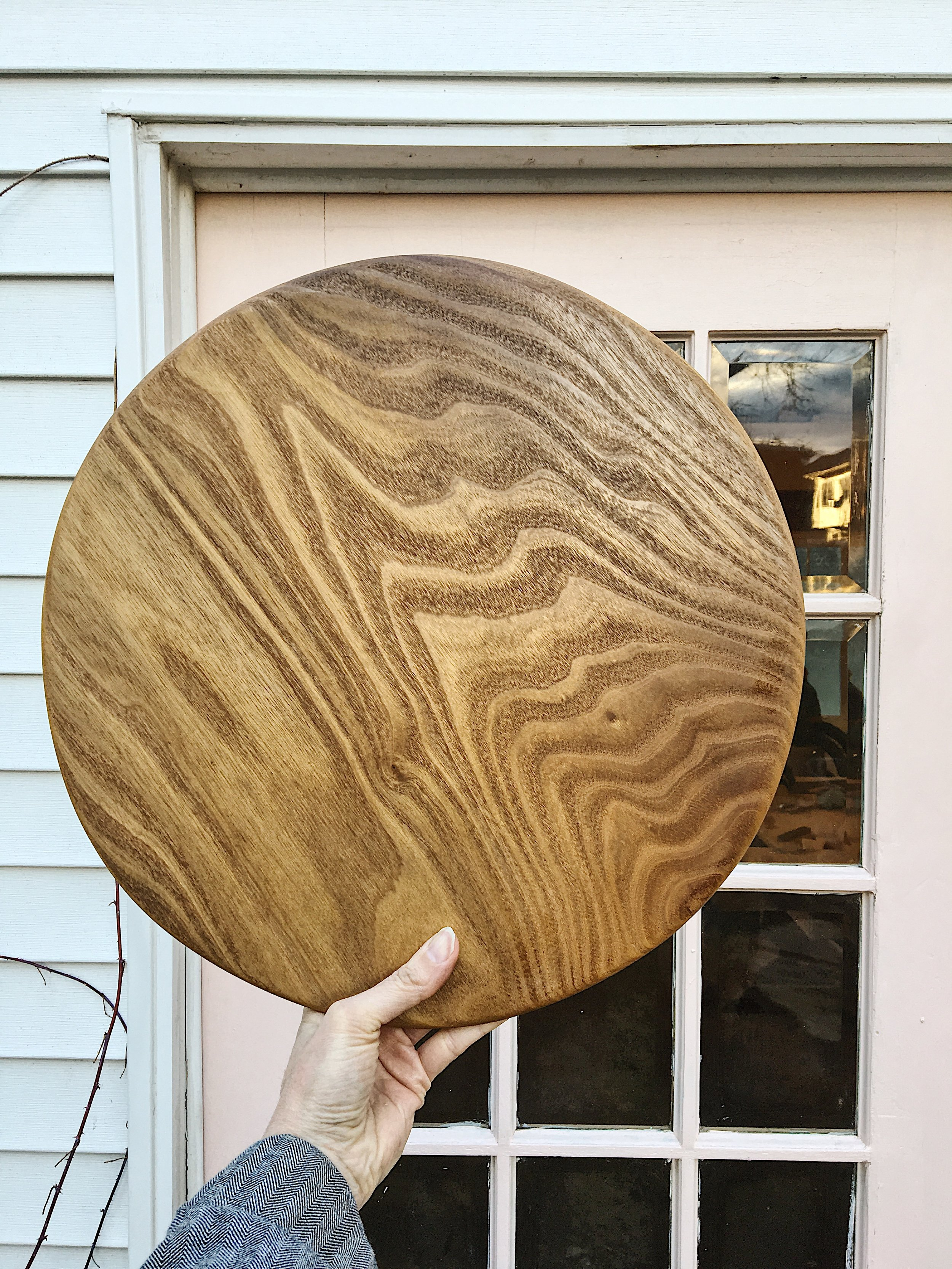 Large round catalpa serving board