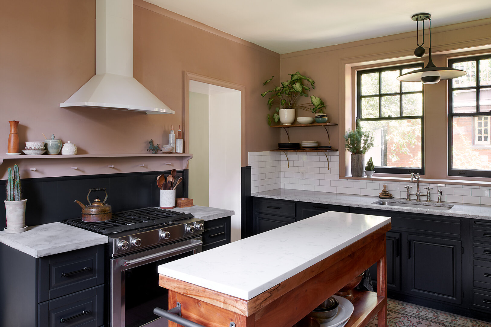 kitchen_lowres_overall_01.jpg