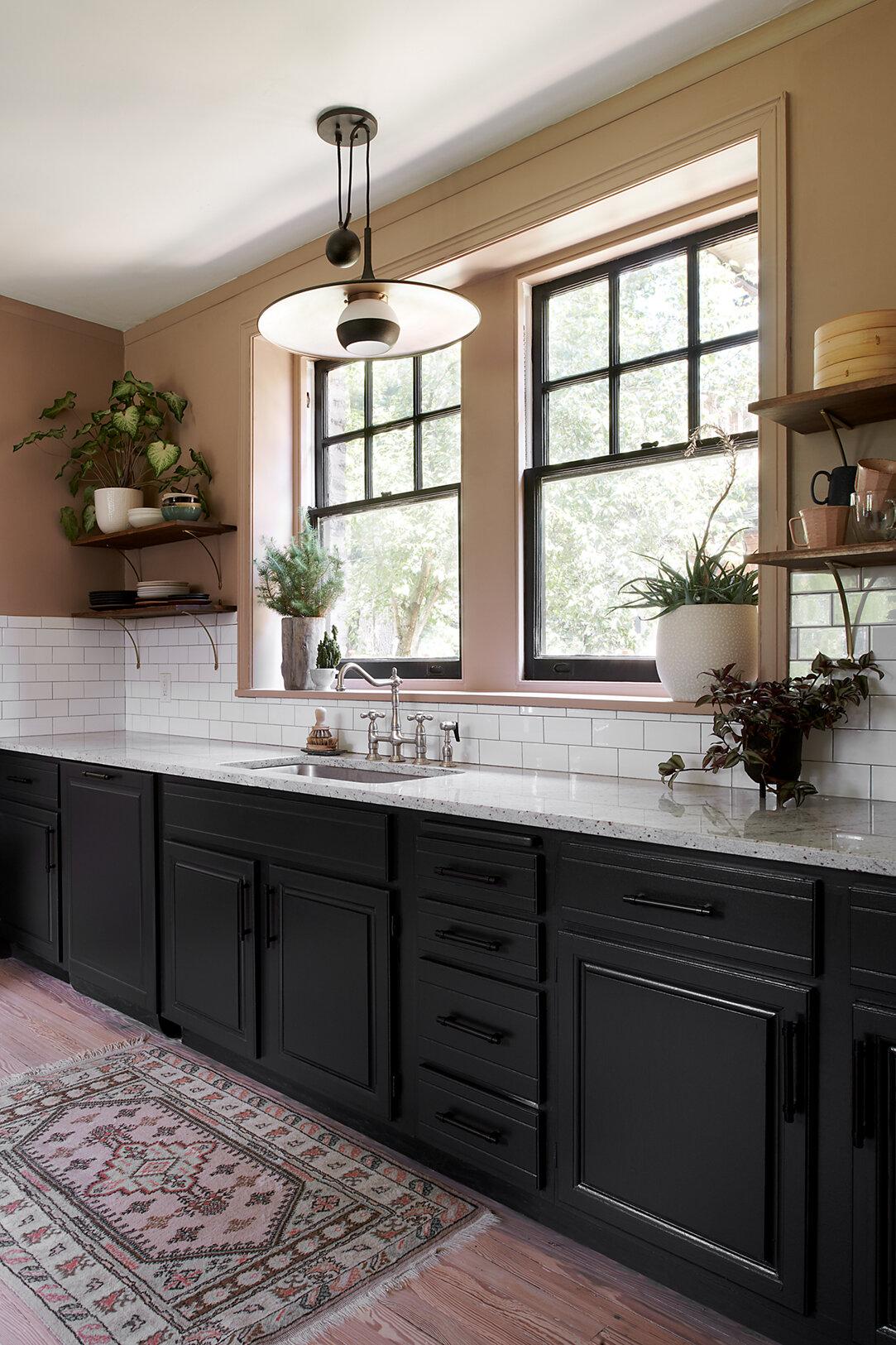 kitchen_lowres_sink_v2.jpg