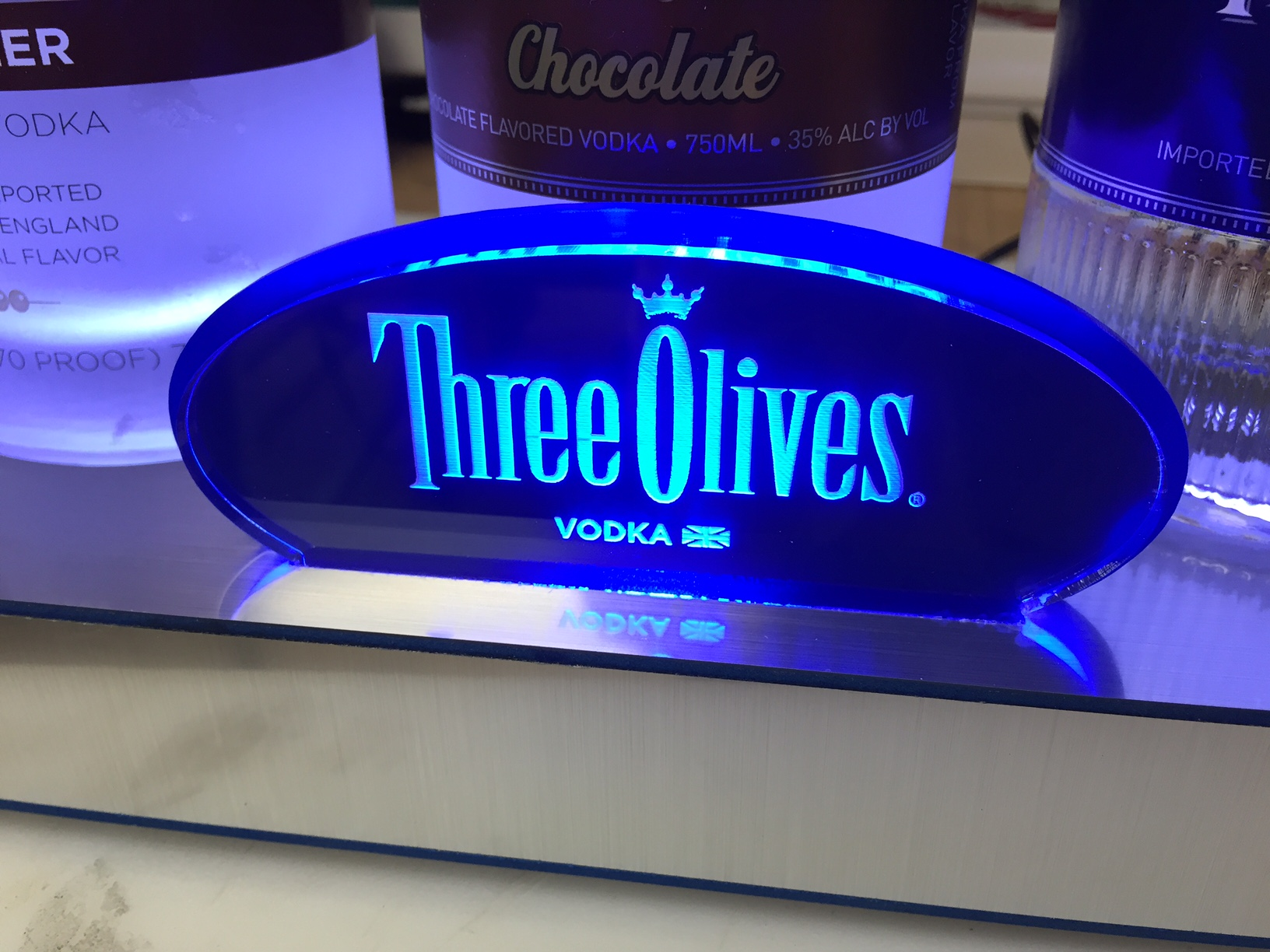THREE OLIVES GLORIFIER