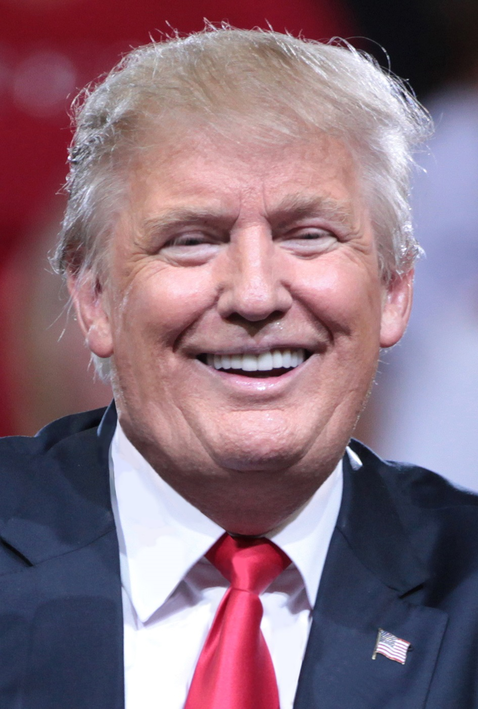 Image of Donald Trump smiling with clearly visible dental crowns