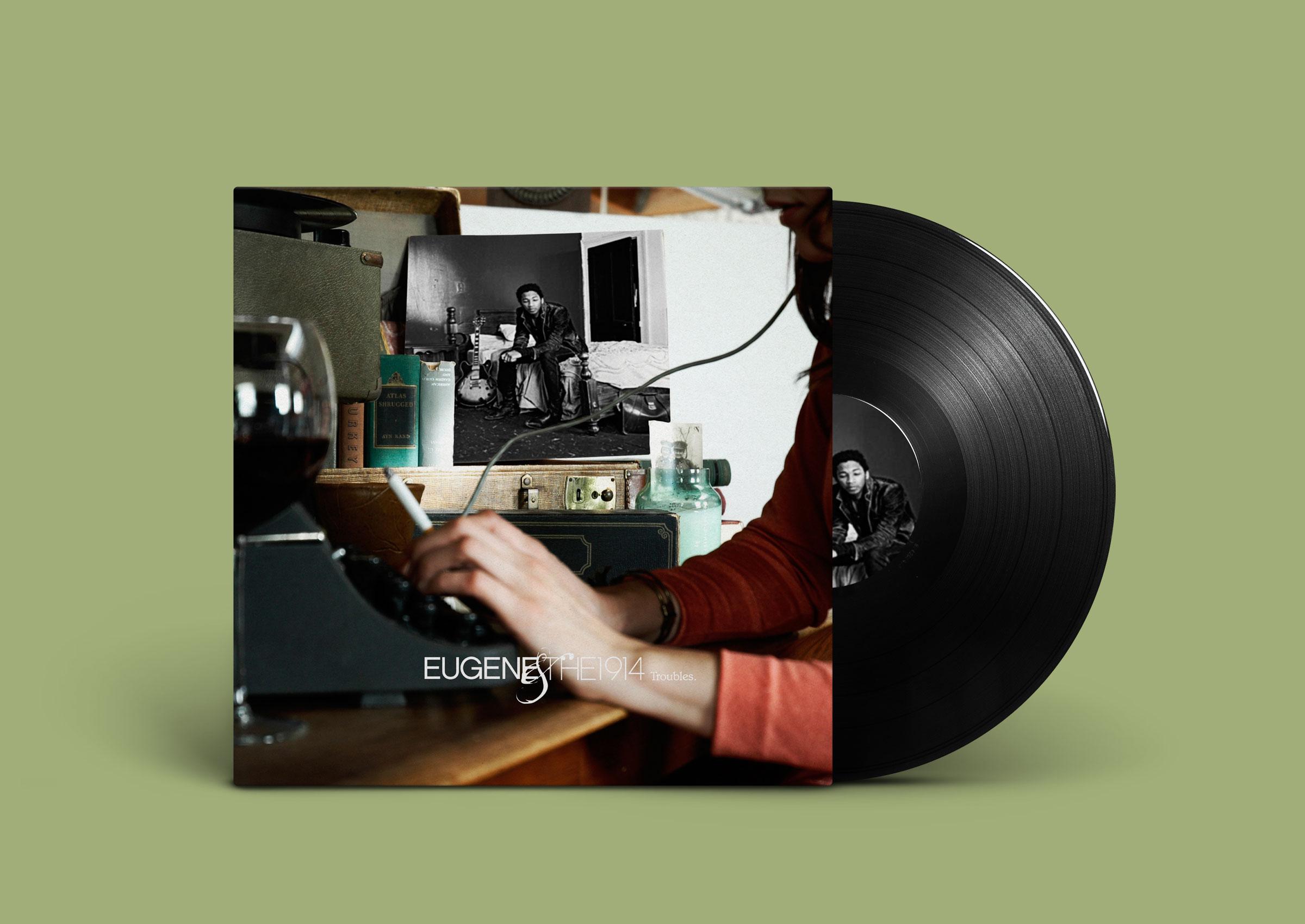 Vinyl-Record-PSD-MockUp-191401.jpg