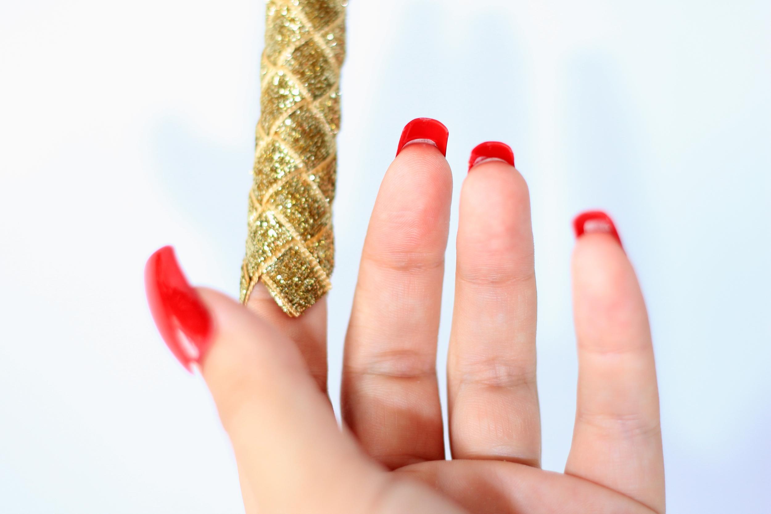 goldsparkle1.jpg