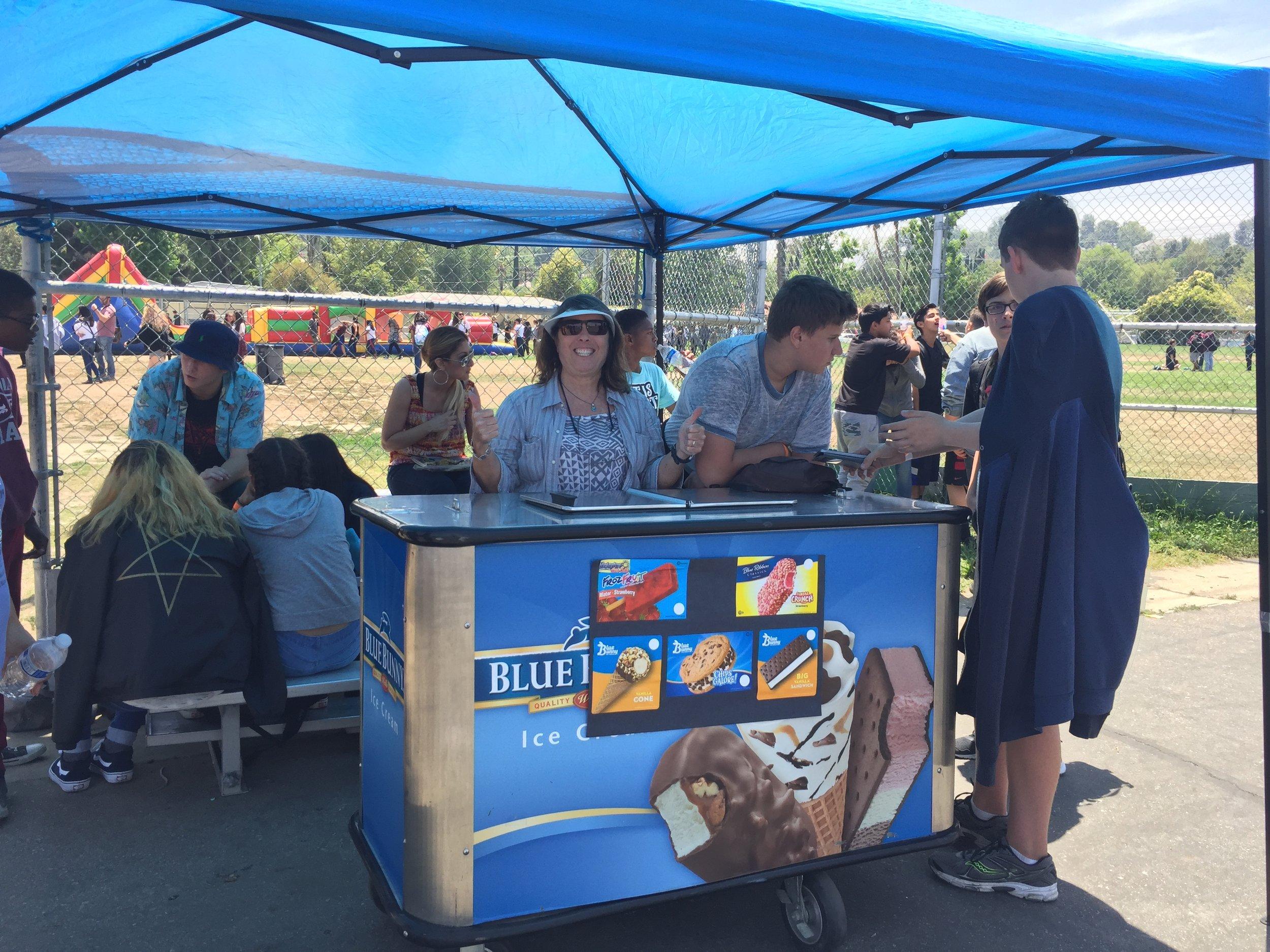 ice-cream-cart-rental