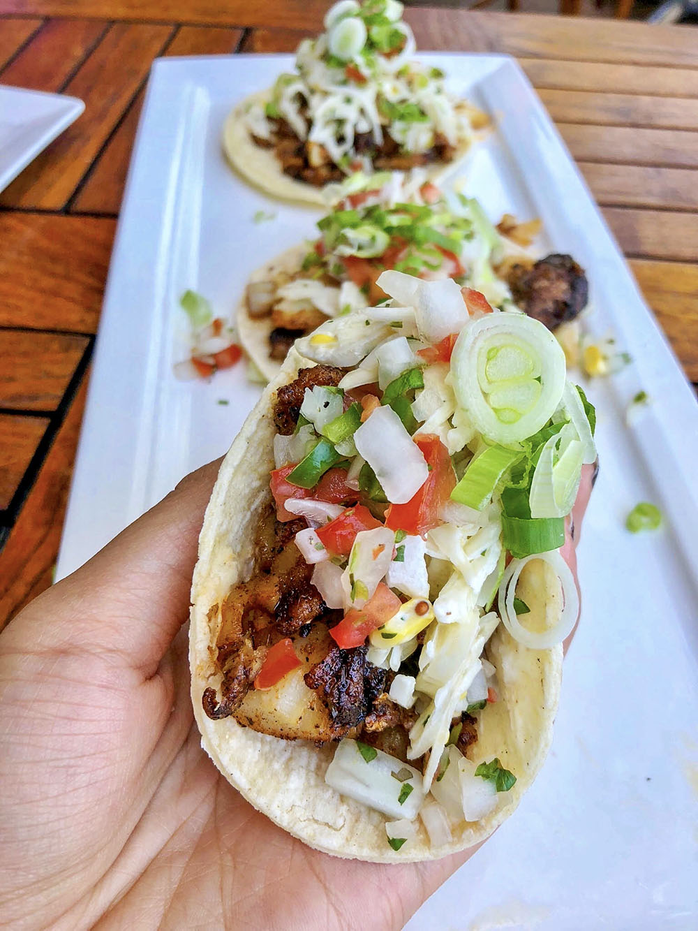 tacos_hand.jpg
